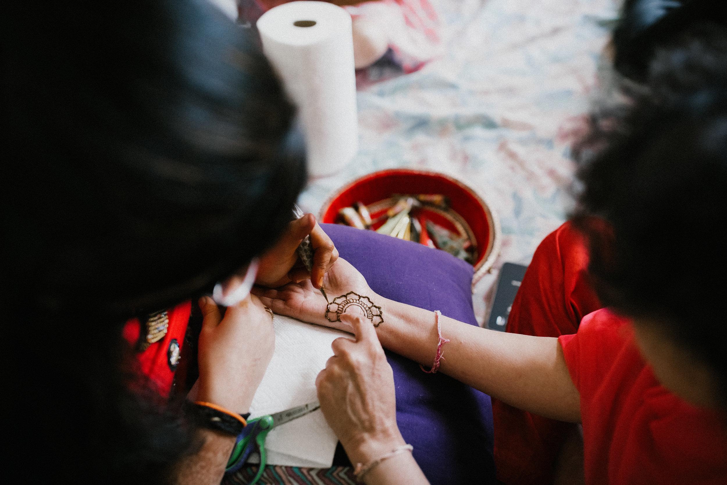 Aparna-Ankit-Patel-Mehndi-Wedding-Photos-0023.jpg