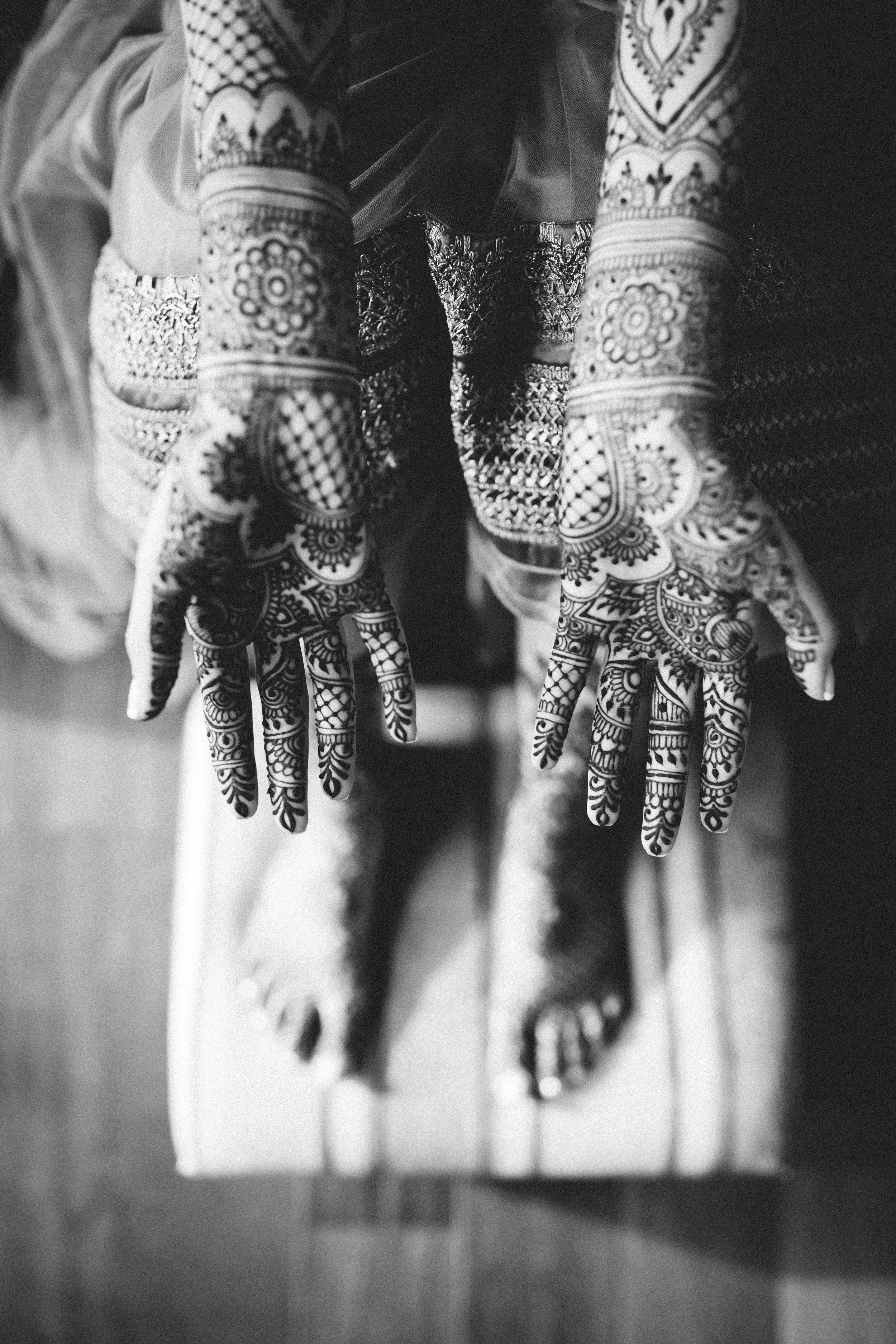 Aparna-Ankit-Patel-Mehndi-Wedding-Photos-0027.jpg