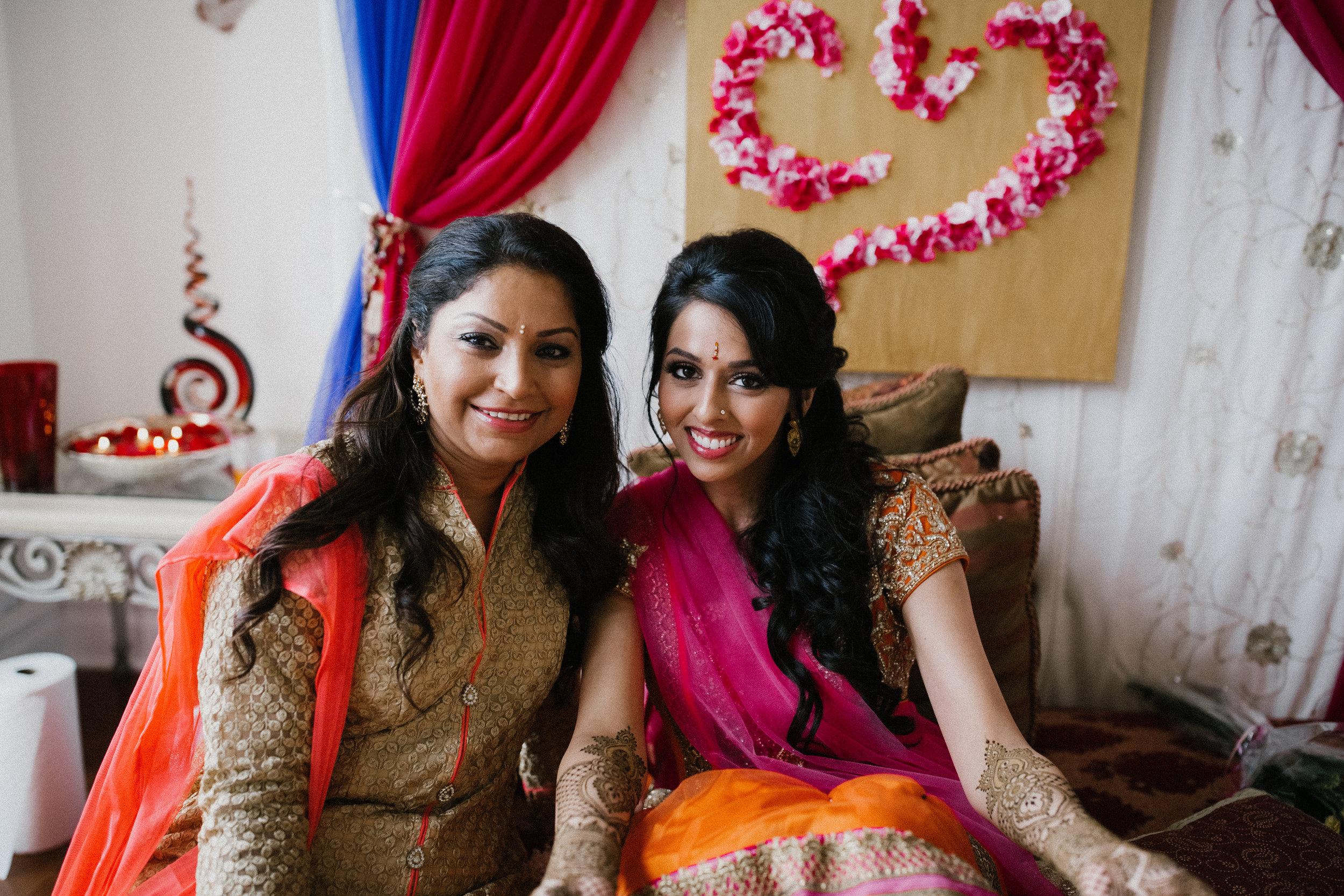 Aparna-Ankit-Patel-Mehndi-Wedding-Photos-0030.jpg