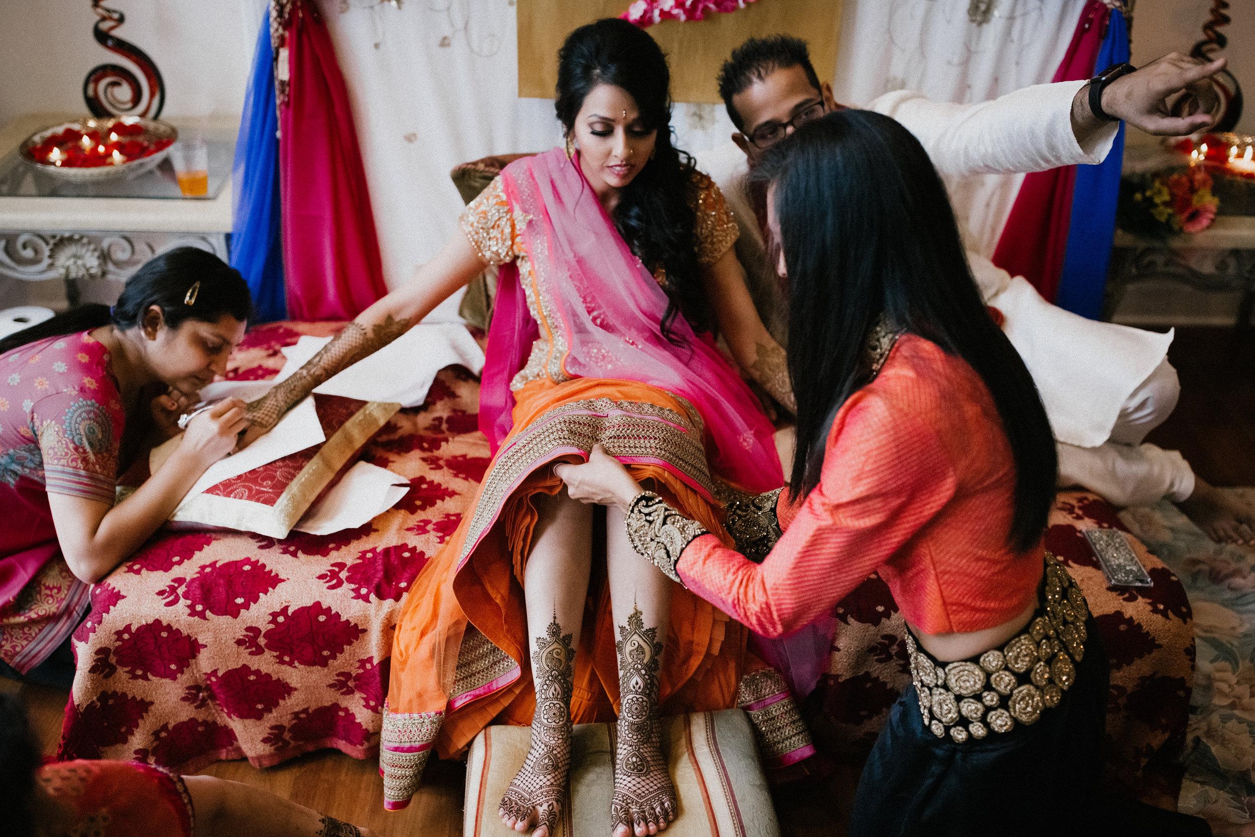 Aparna-Ankit-Patel-Mehndi-Wedding-Photos-0043.jpg