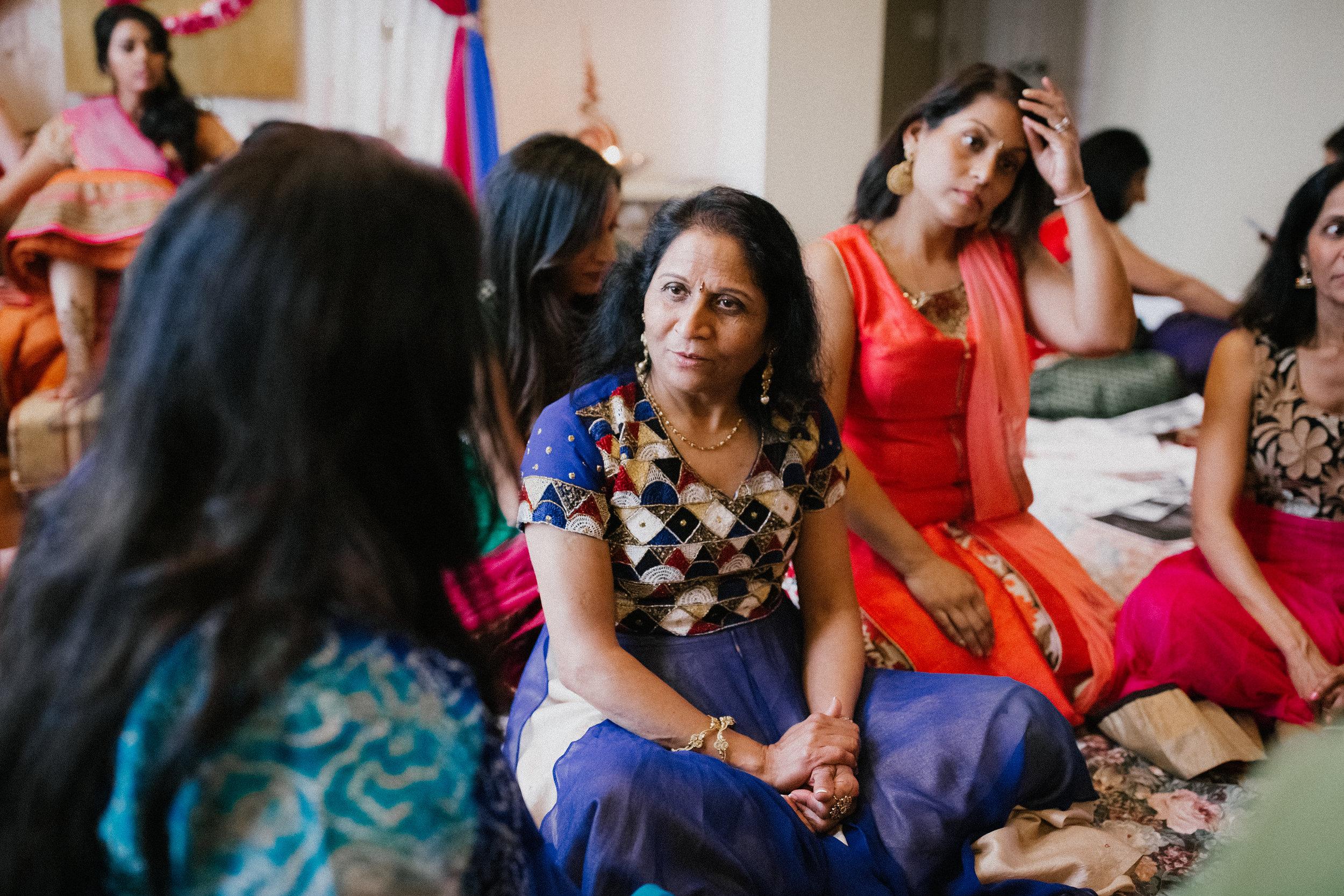 Aparna-Ankit-Patel-Mehndi-Wedding-Photos-0044.jpg