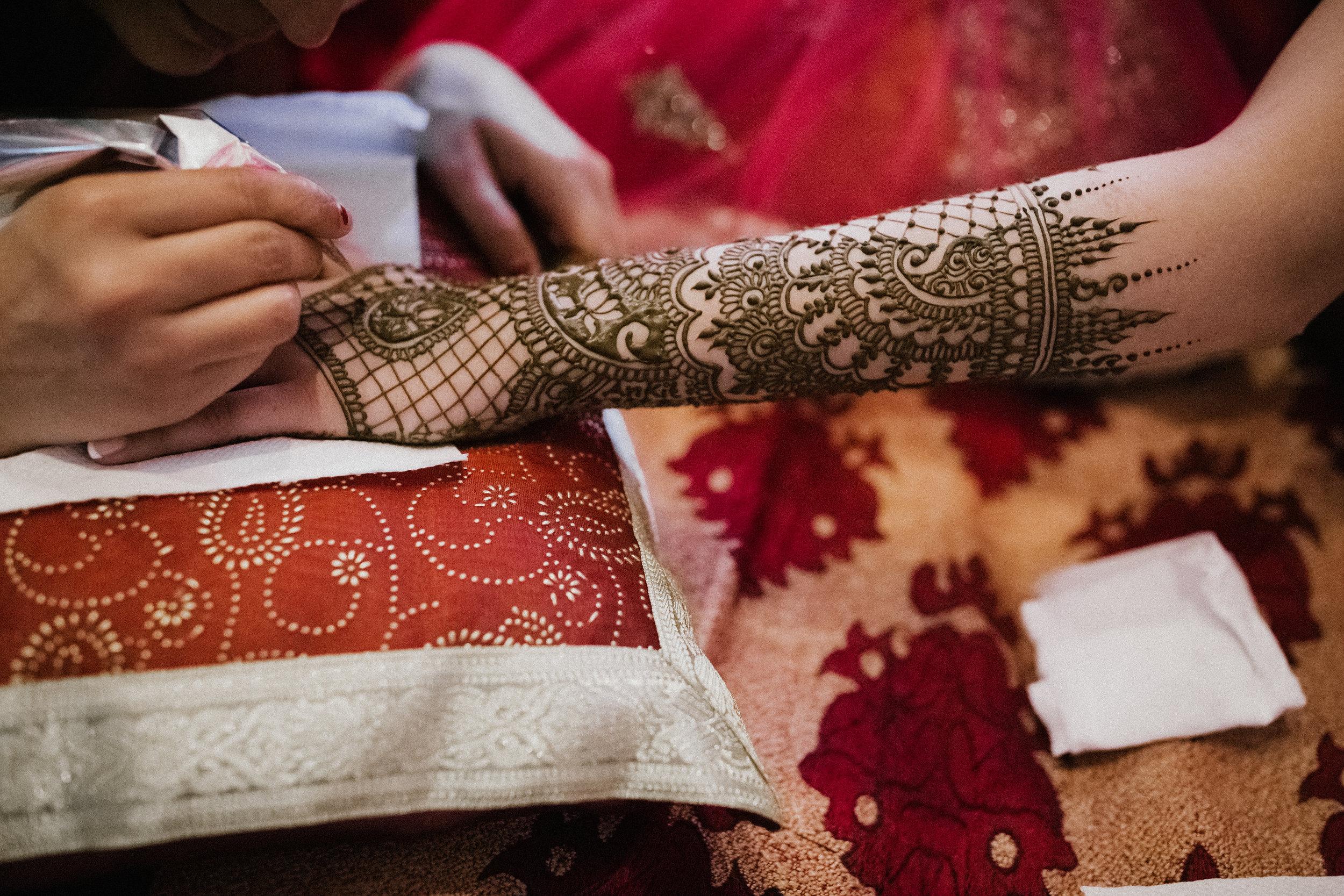 Aparna-Ankit-Patel-Mehndi-Wedding-Photos-0049.jpg