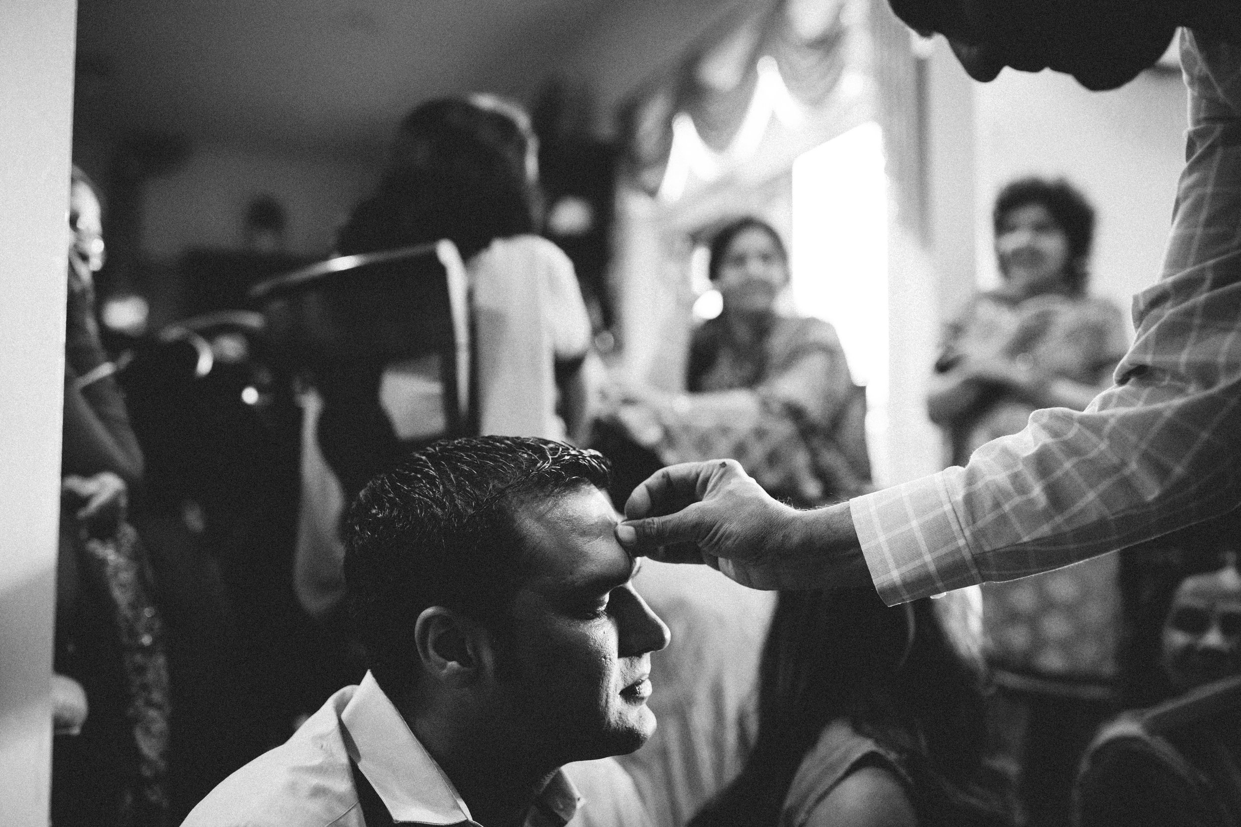 Aparna-Ankit-Patel-Mehndi-Wedding-Photos-0055.jpg