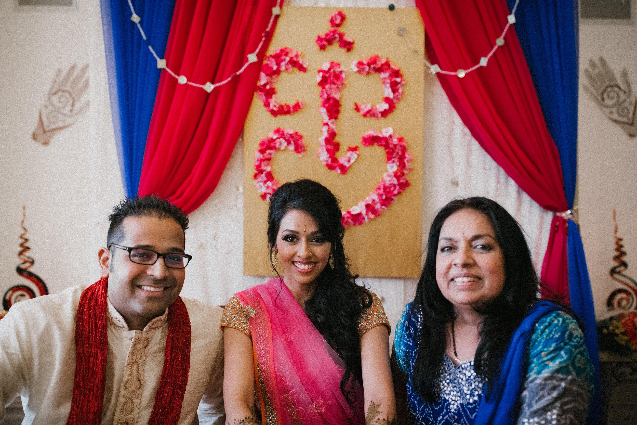 Aparna-Ankit-Patel-Mehndi-Wedding-Photos-0063.jpg