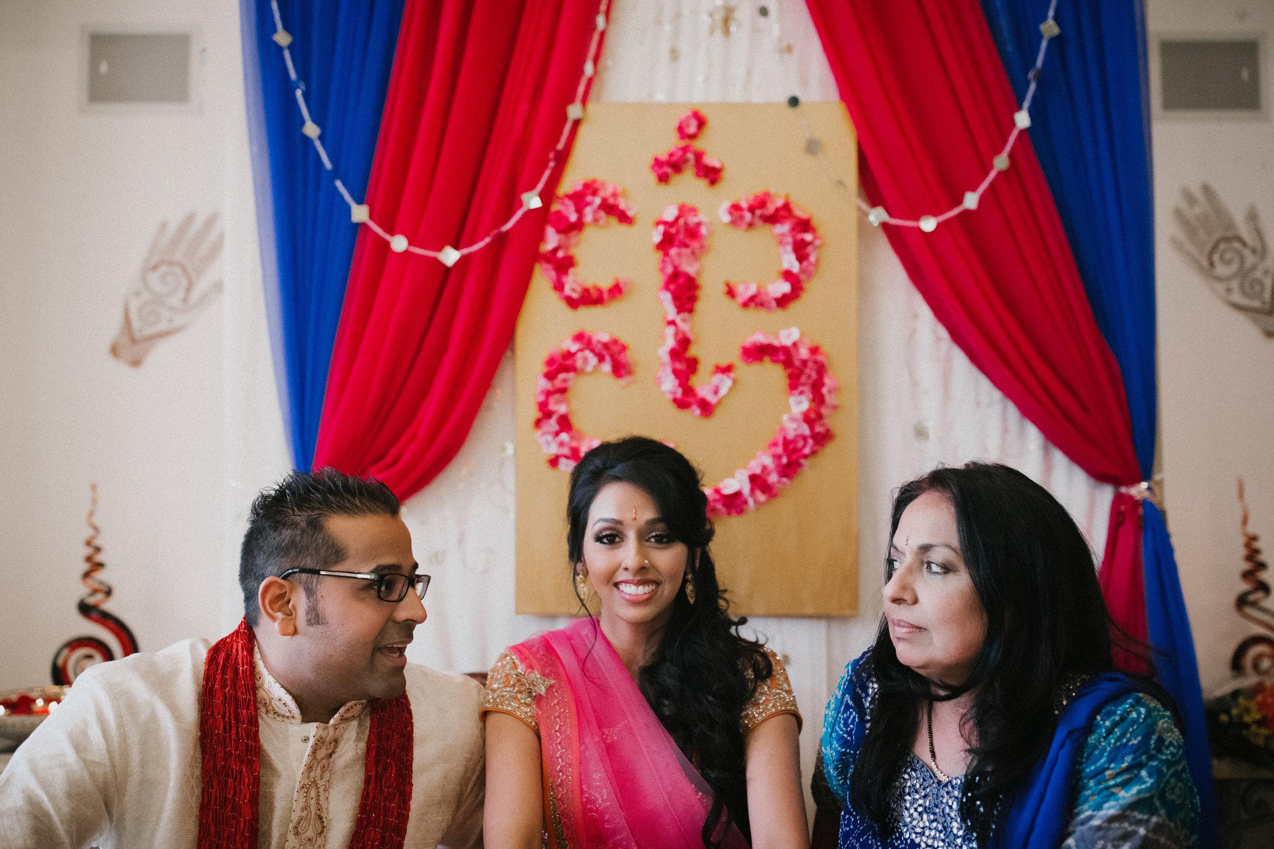 Aparna-Ankit-Patel-Mehndi-Wedding-Photos-0064.jpg