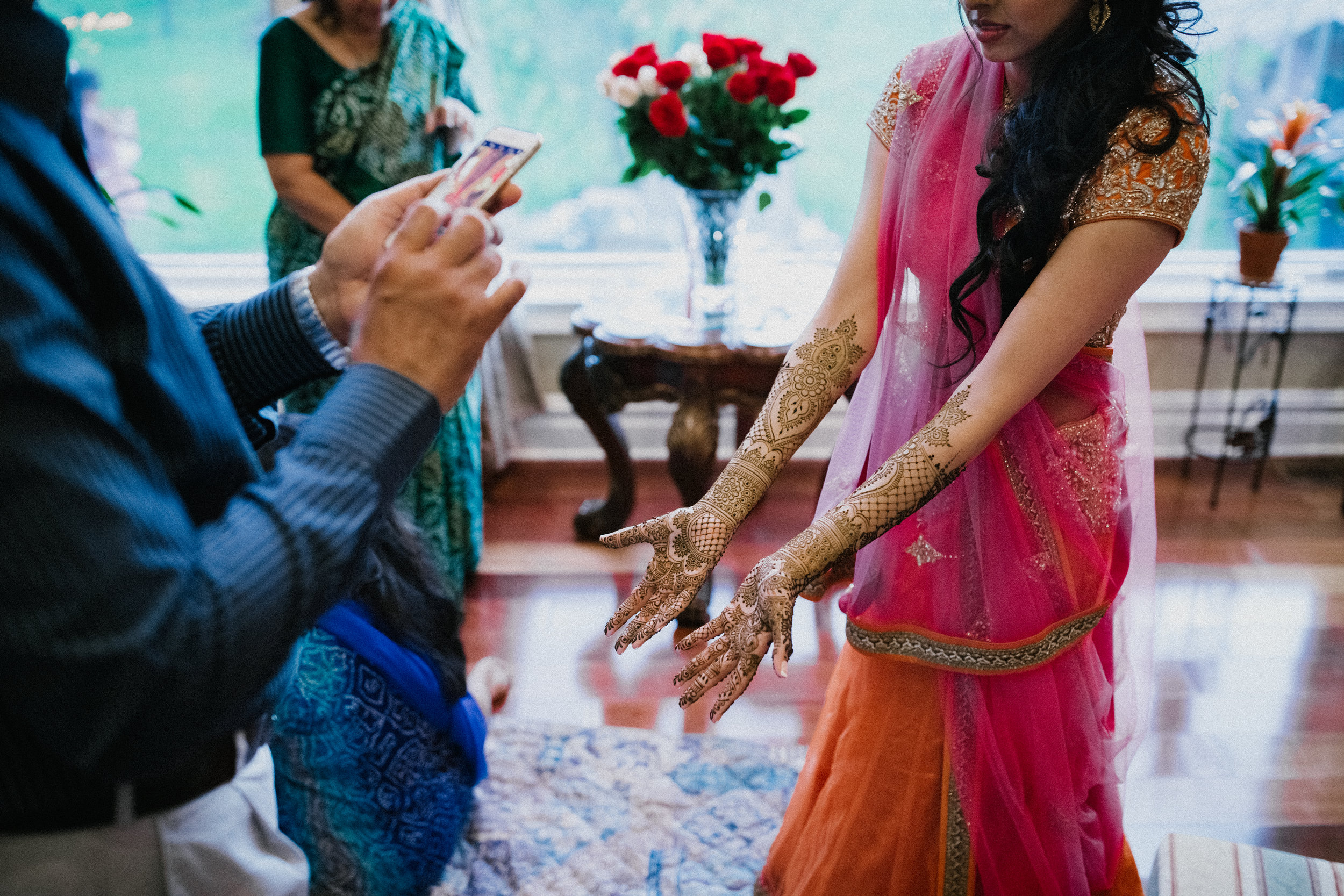 Aparna-Ankit-Patel-Mehndi-Wedding-Photos-0067.jpg