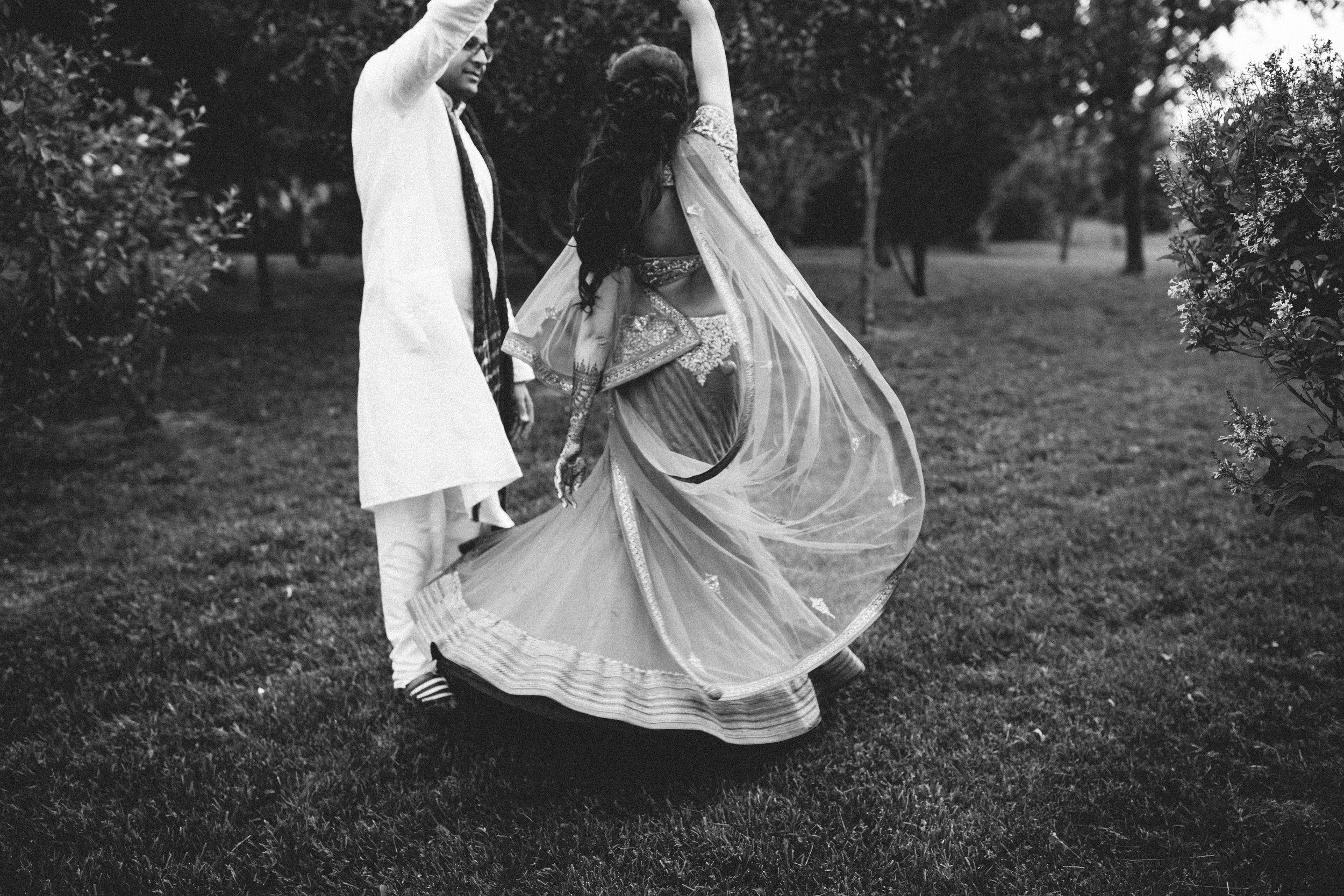 Aparna-Ankit-Patel-Mehndi-Wedding-Photos-0072.jpg