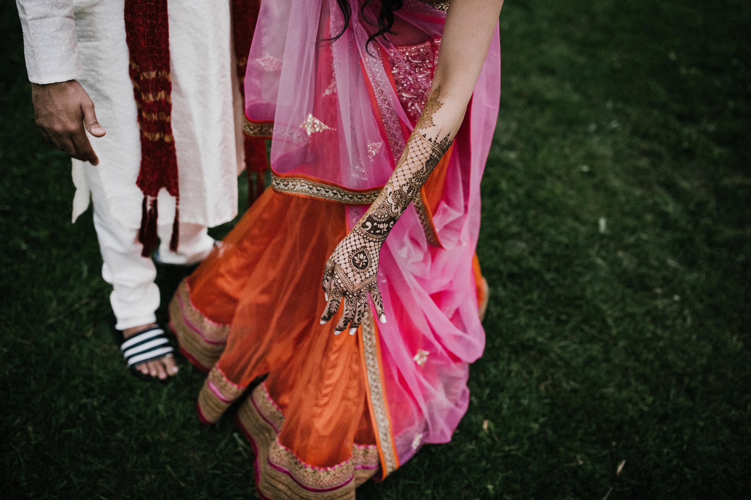 Aparna-Ankit-Patel-Mehndi-Wedding-Photos-0079.jpg