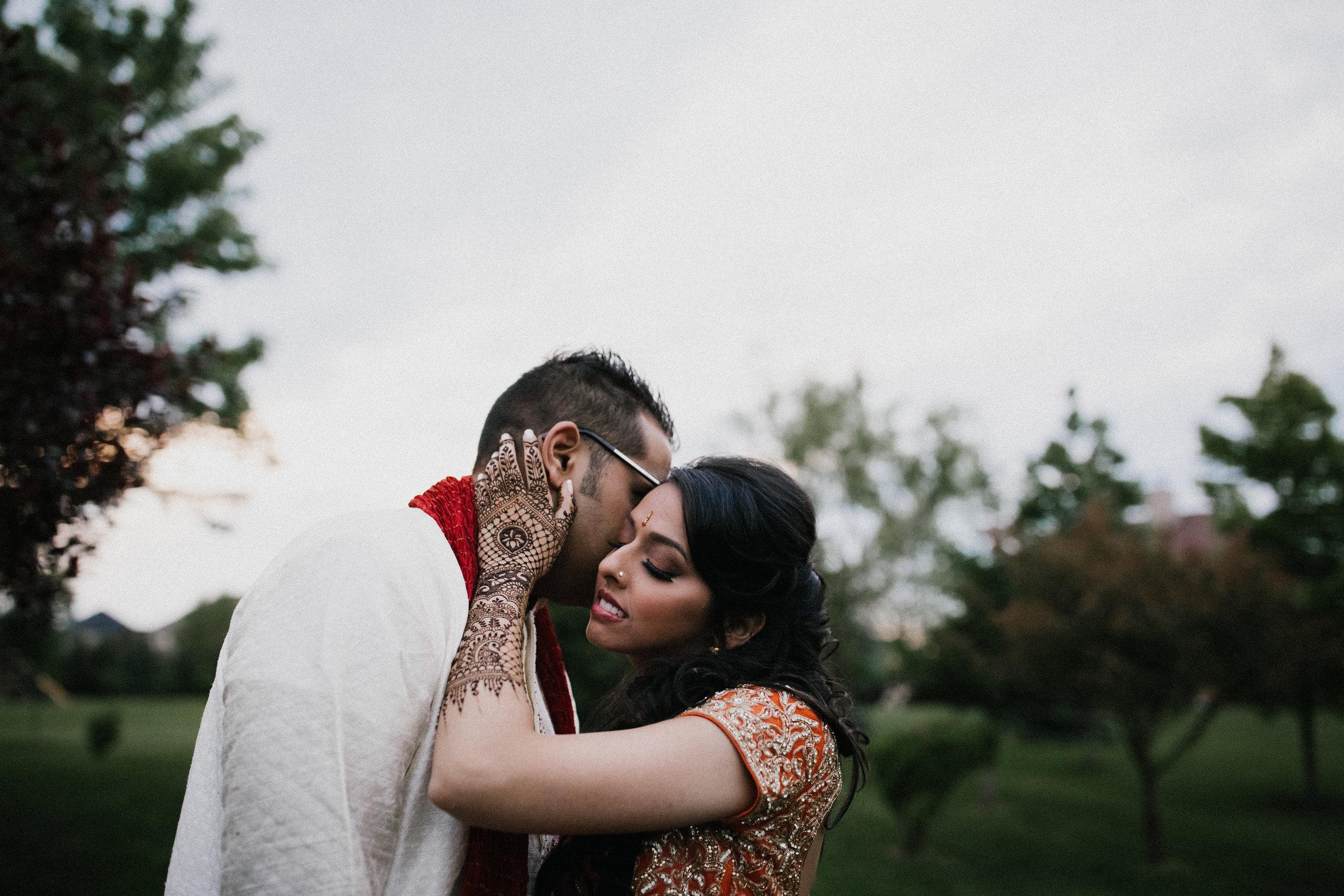 Aparna-Ankit-Patel-Mehndi-Wedding-Photos-0082.jpg