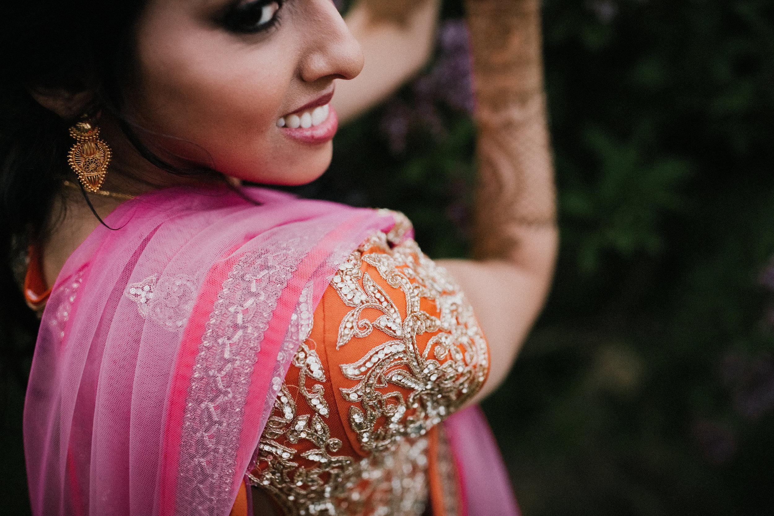 Aparna-Ankit-Patel-Mehndi-Wedding-Photos-0085.jpg
