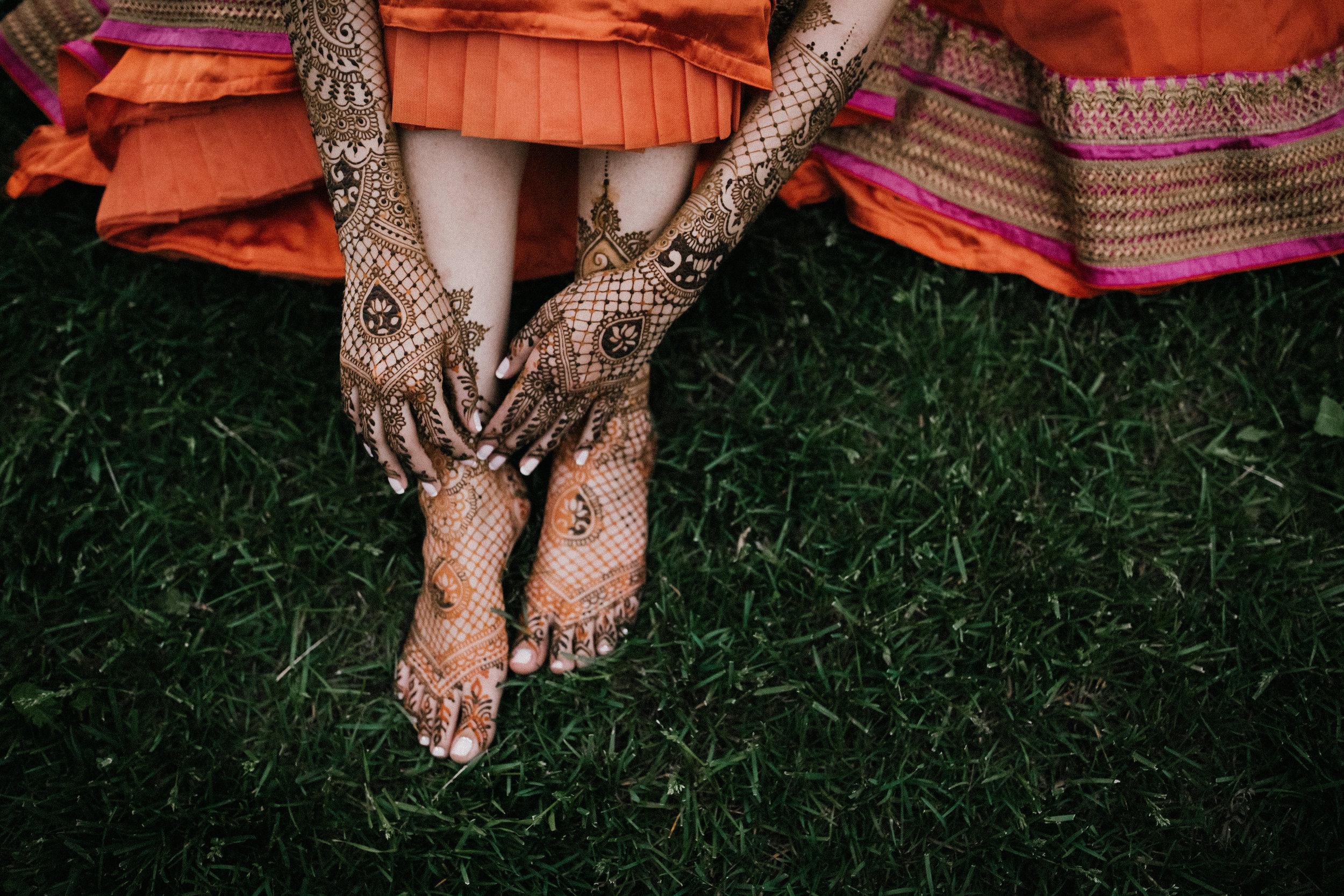 Aparna-Ankit-Patel-Mehndi-Wedding-Photos-0092.jpg
