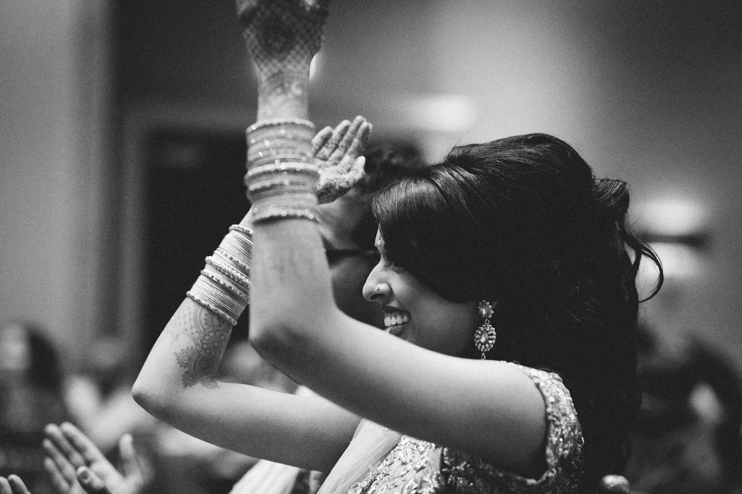 Aparna-Ankit-Patel-Shah-Detroit-Michigan-Shadow-Shine-Pictures-Photography-Indian-Cinematography