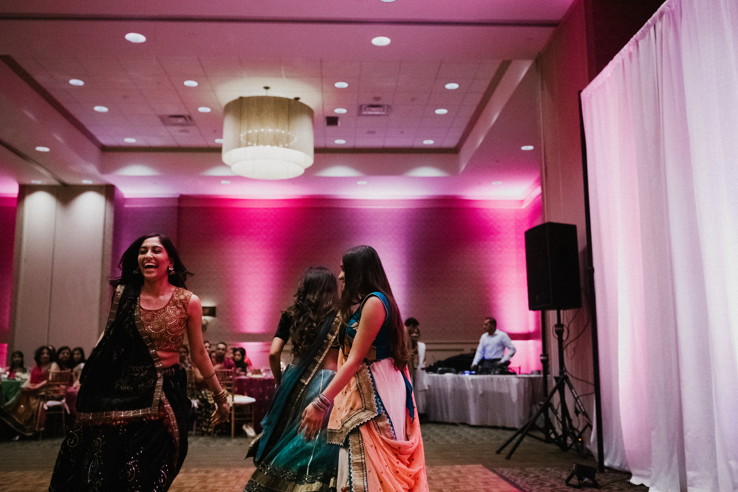 Aparna-Ankit-Patel-Shah-Detroit-Michigan-Shadow-Shine-Pictures-Photography-Indian-Wedding-Mid-West