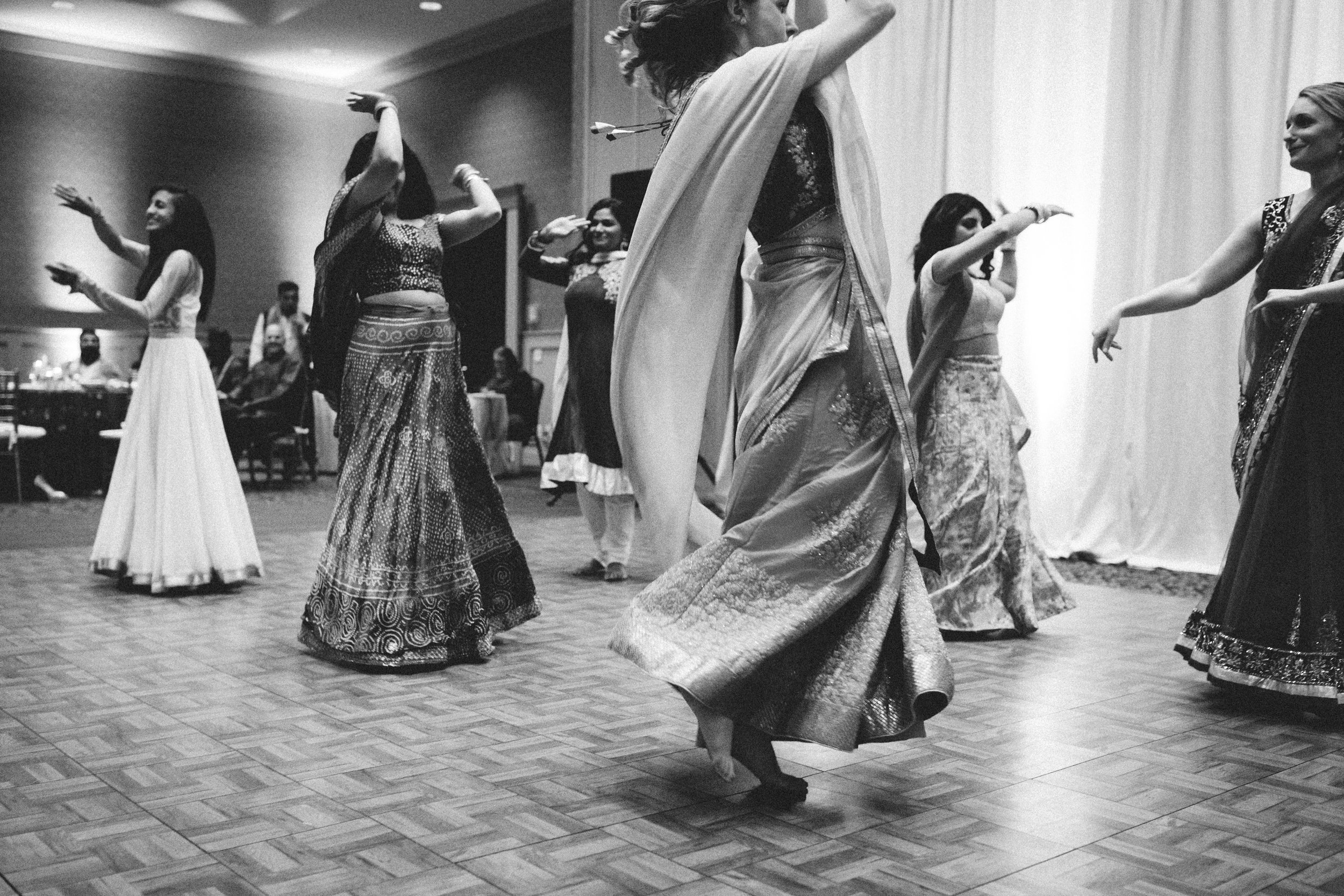 Aparna-Ankit-Patel-Shah-Detroit-Michigan-Shadow-Shine-Pictures-Photography-Indian-Mid-West
