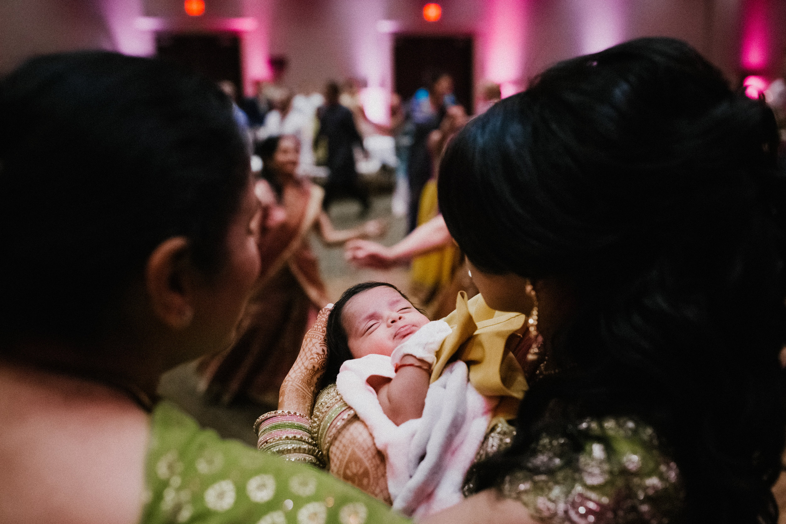 Aparna-Ankit-Patel-Shah-Detroit-Michigan-Shadow-Shine-Pictures-Photography-Indian-Cinematography-Videography-Wedding
