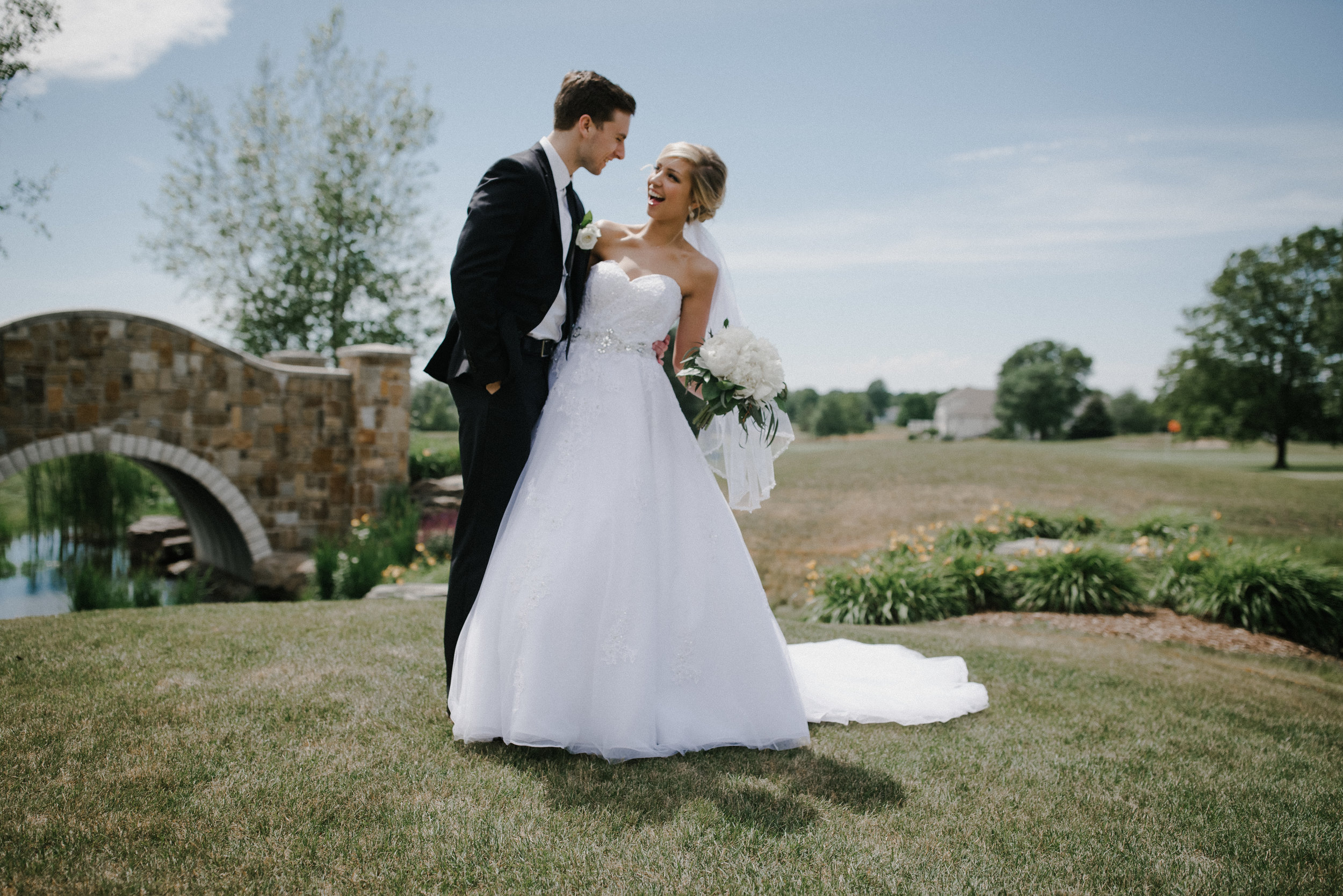 Cinematography-Photography-Grand-Rapids-Chicago-Shadow-Shine-Pictures-West-Michigan-Videography-Wedding-Anna-Bryce-Sack