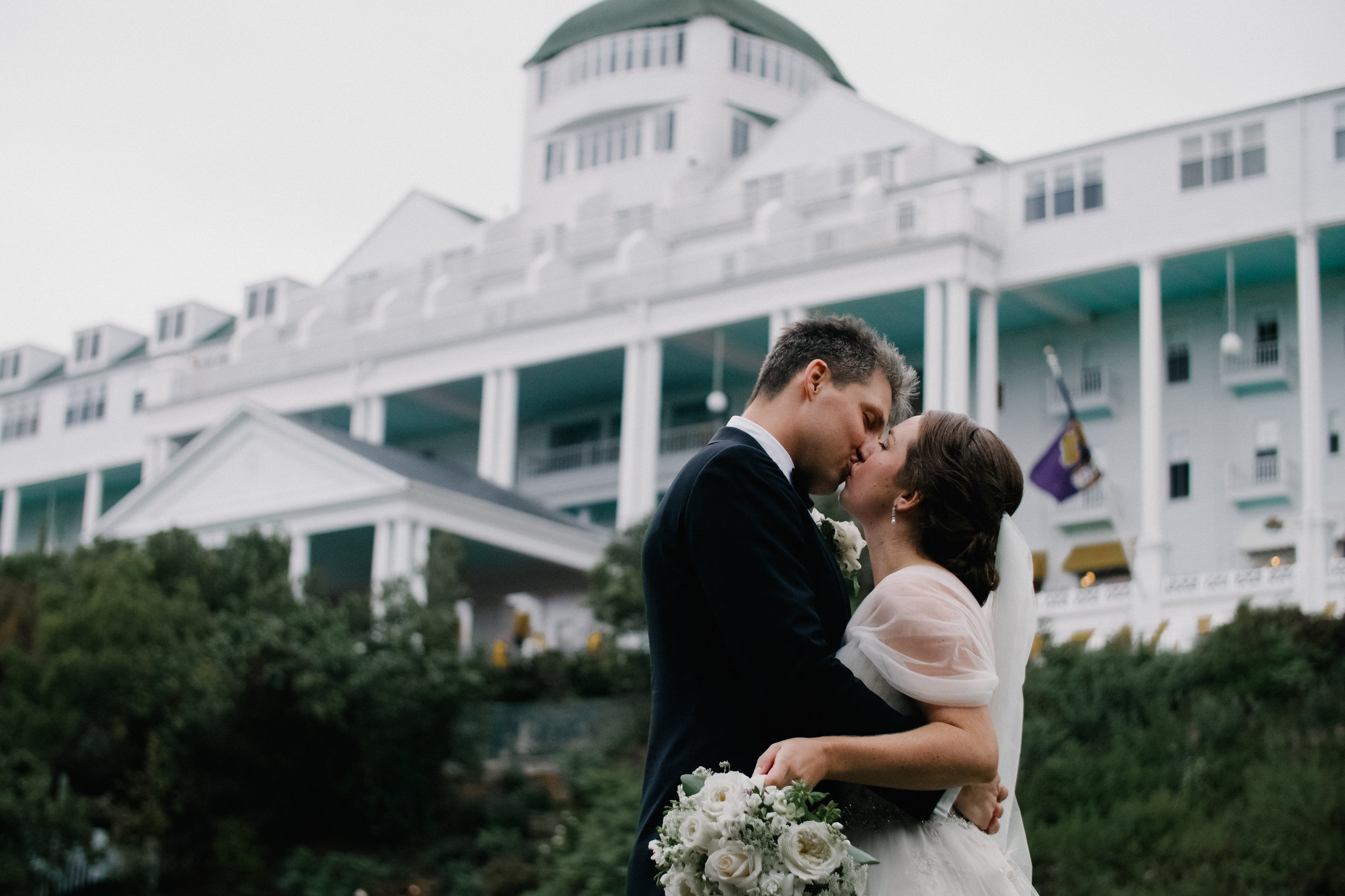 Cinematography-Photography-Mackinac-Island-Shadow-Shine-Picture-North-Michigan-Videography-Wedding-Patrice-Joe-Jackson-Grand-Hotel