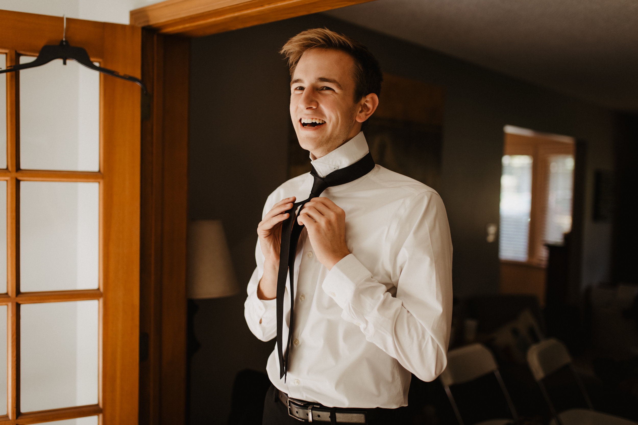 Groomsmen-Wedding-Preparation-Photo-01