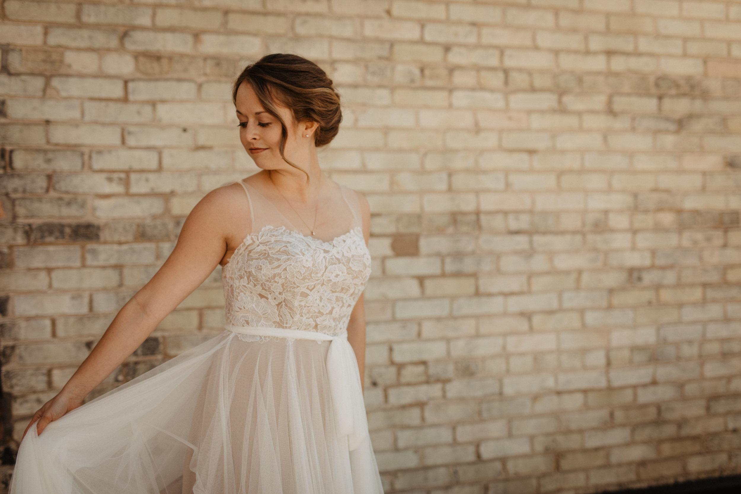 Bride-Wedding-Day-01
