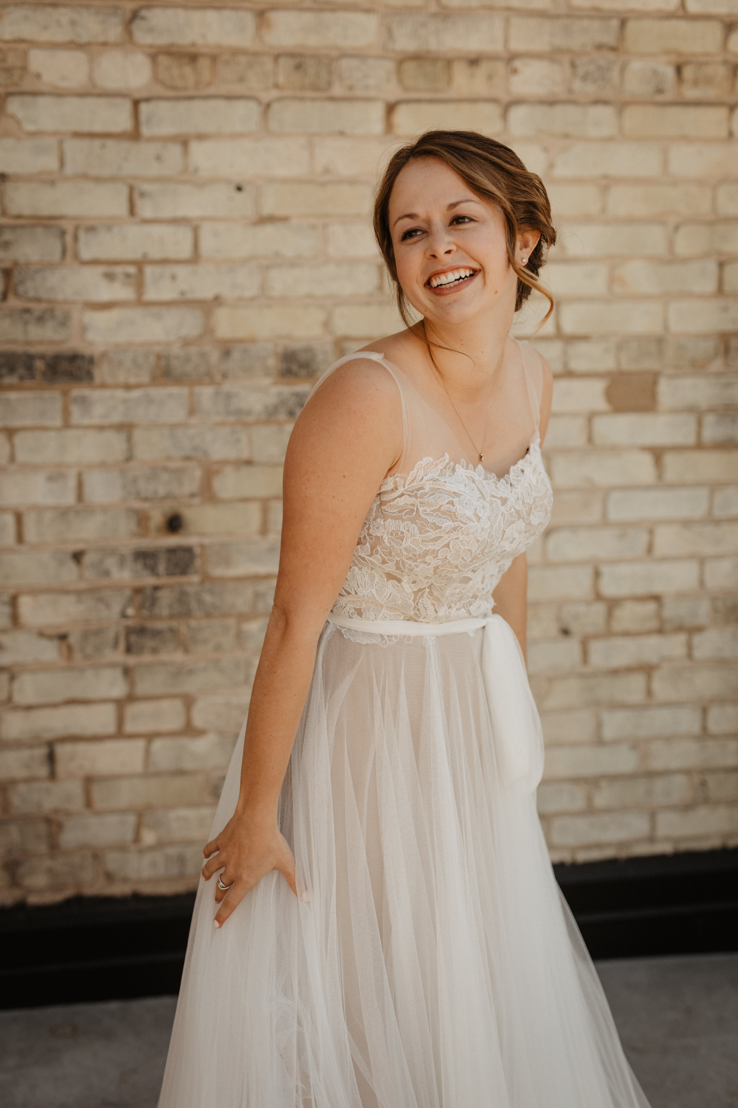 Bride-Wedding-Day-02