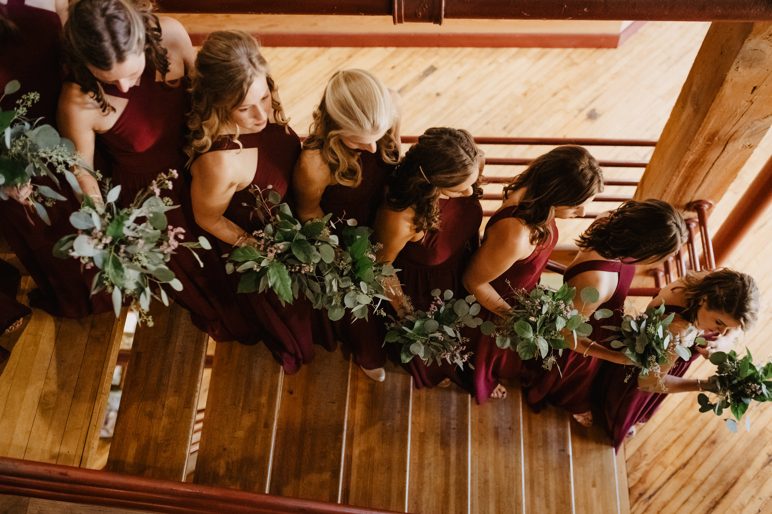 Interior-Building-Wood-Wedding-Photos-01