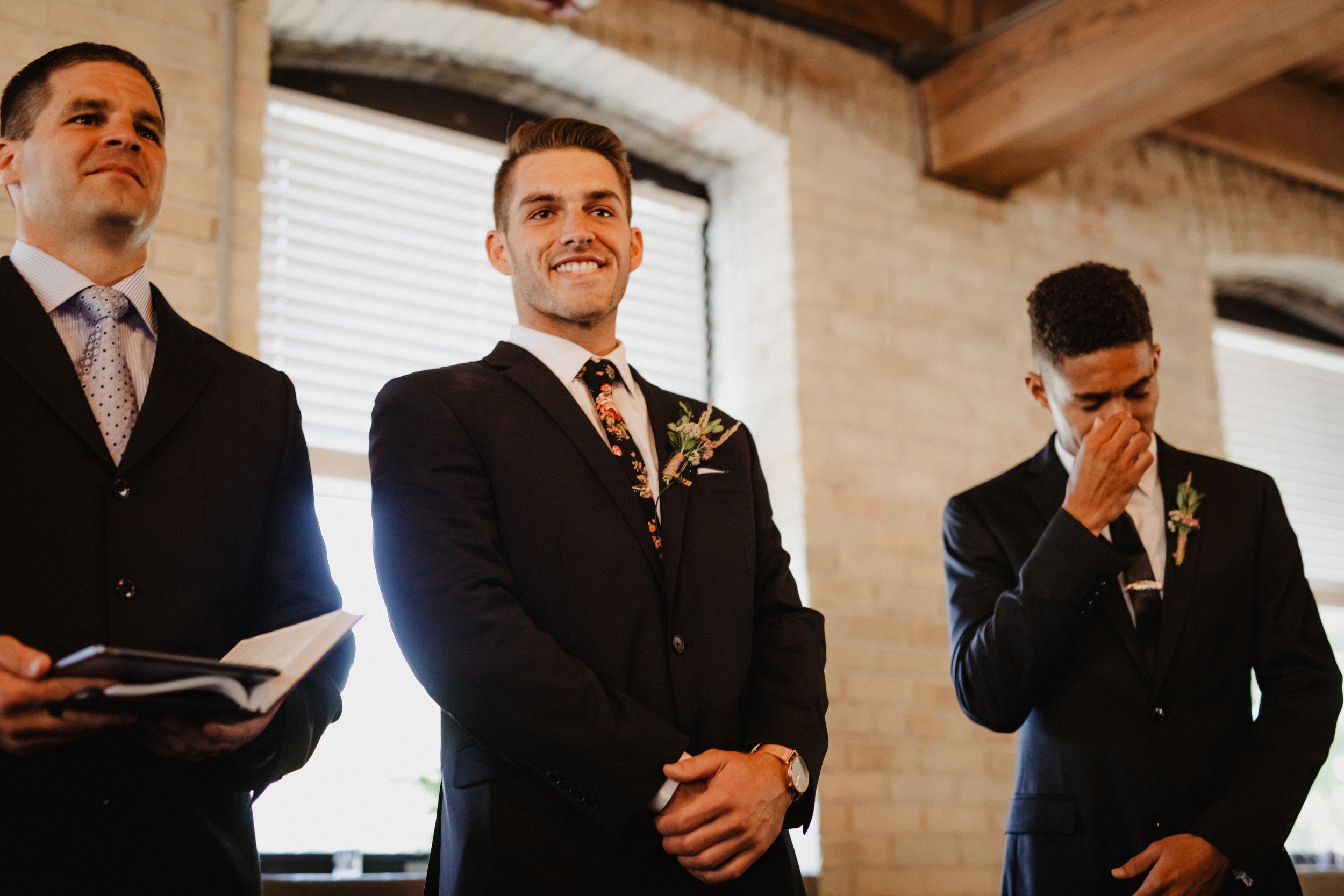Emotional-Groomsman-Wedding-Day-01