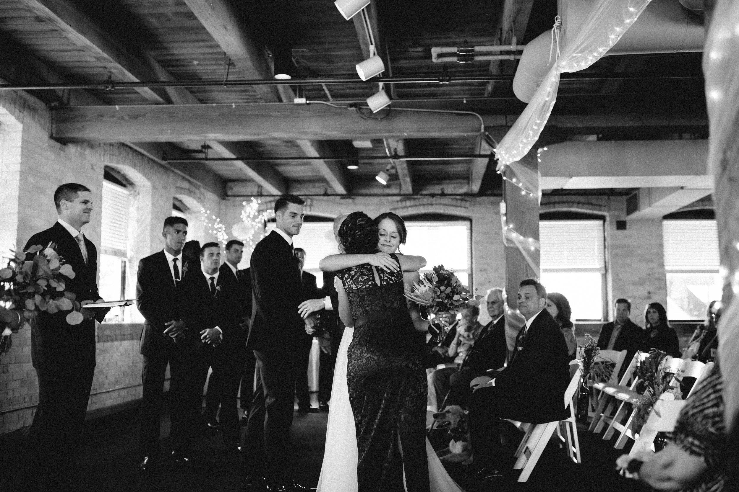 Industrial-Interior-Wedding-Ceremony-Photographer-02