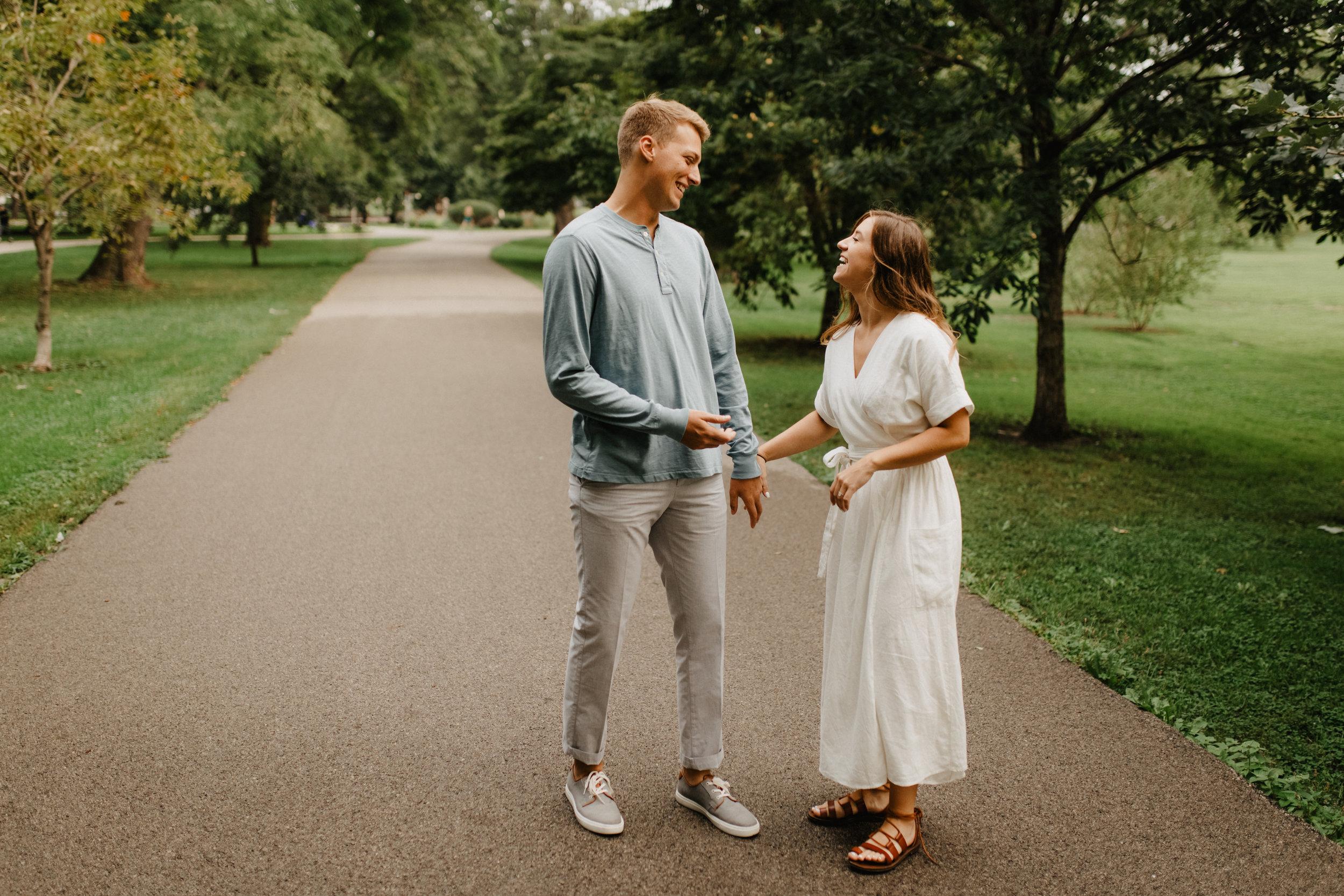 Taryn-Zak-Chicago-Engagement-1