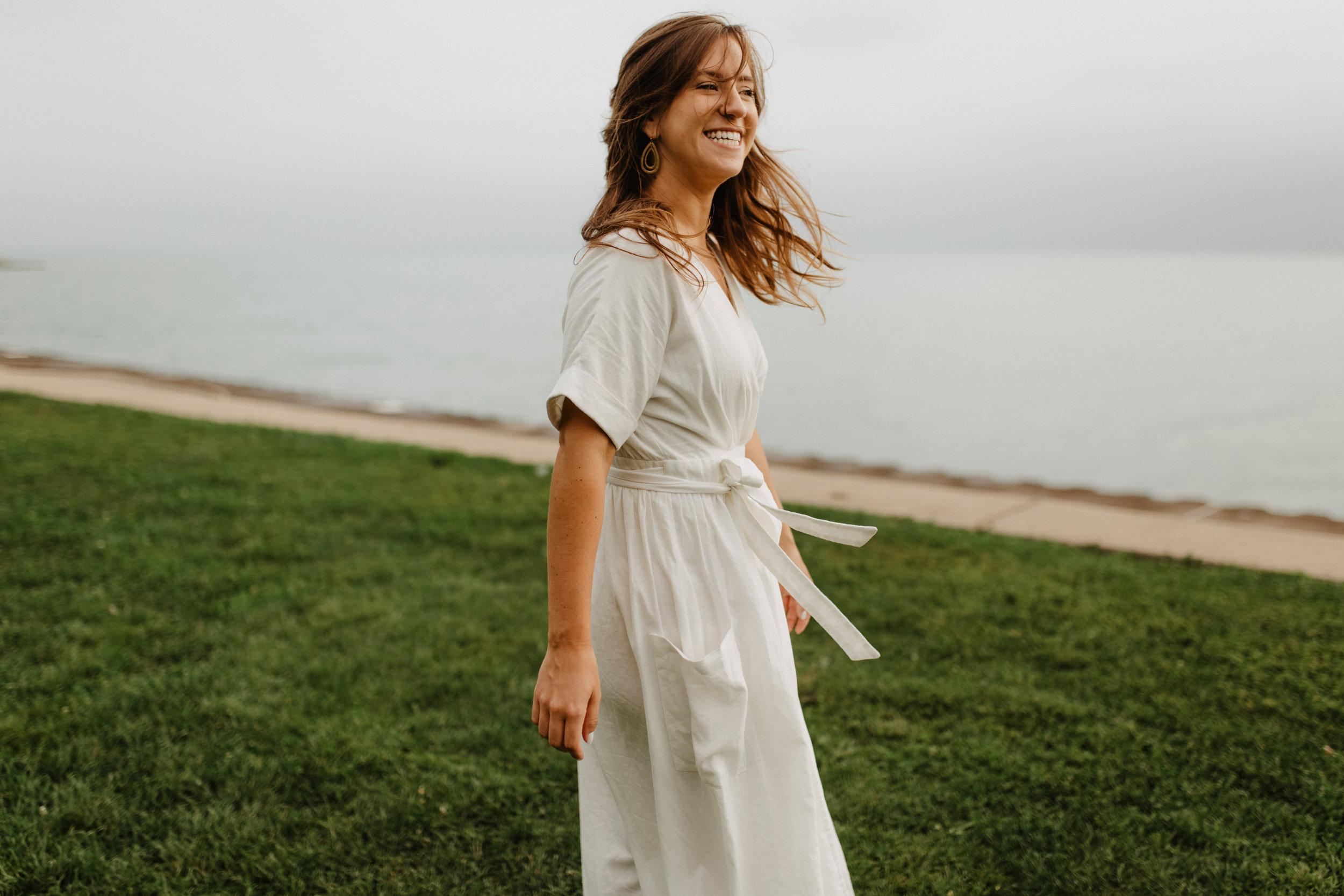 Taryn-Zak-Lake-Michigan-Engagement-9