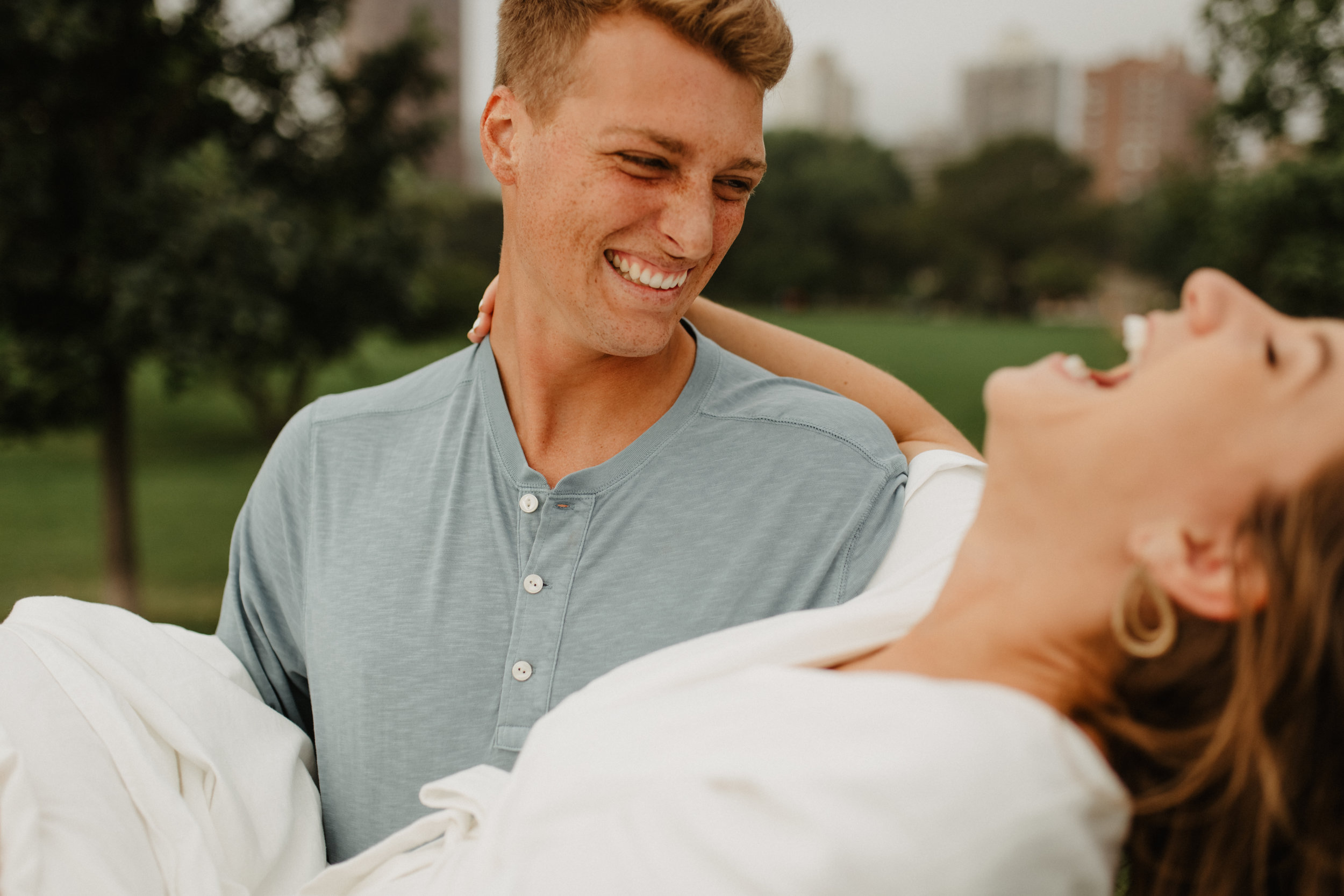 Taryn-Zak-Chicago-Engagement-14