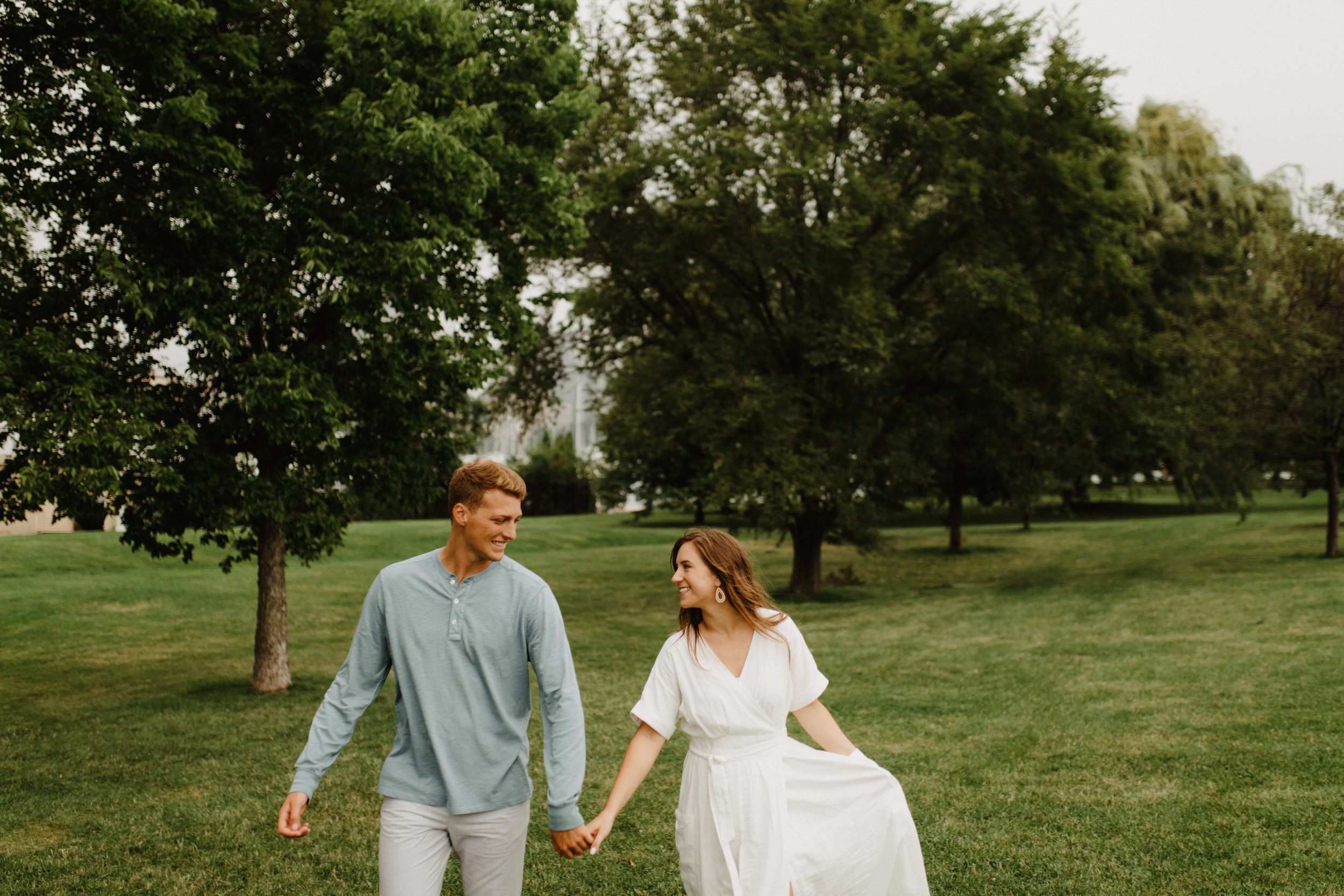 Taryn-Zak-Chicago-Engagement-41