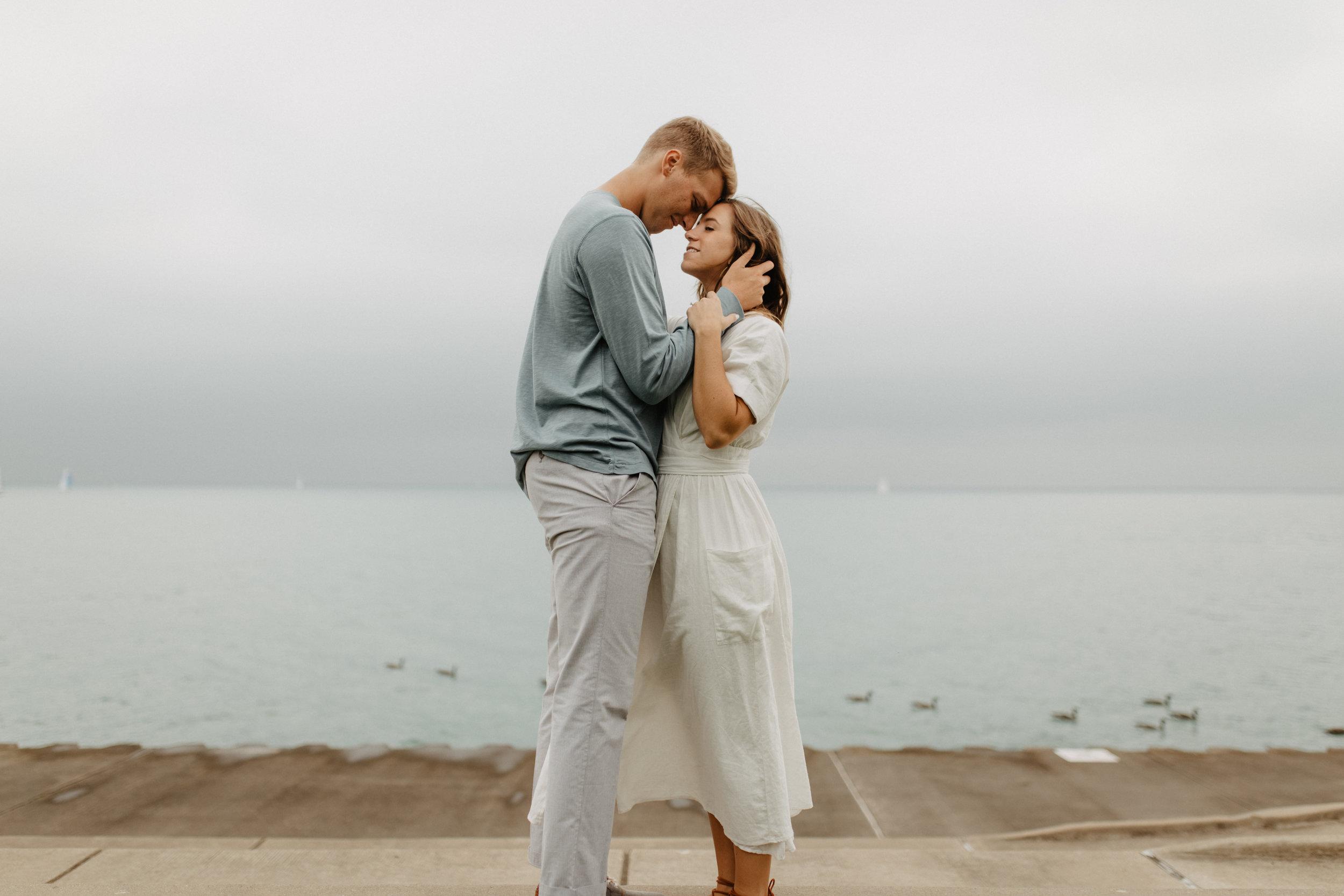 Taryn-Zak-Lake-Michigan-Engagement-2