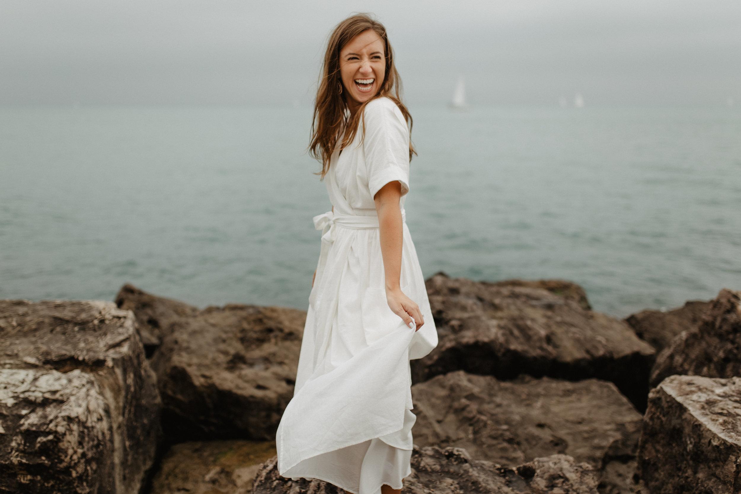 Taryn-Zak-Lake-Michigan-Engagement-16
