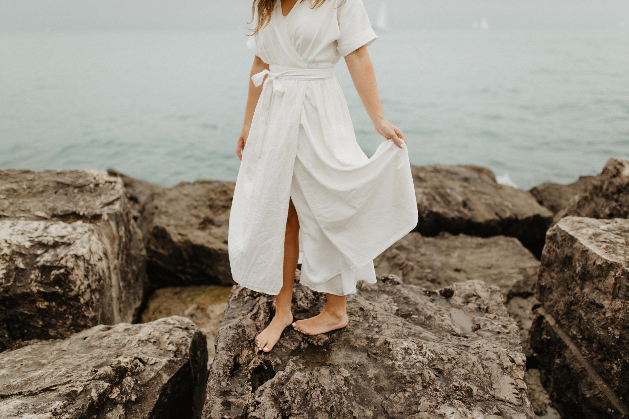 Taryn-Zak-Lake-Michigan-Engagement-15