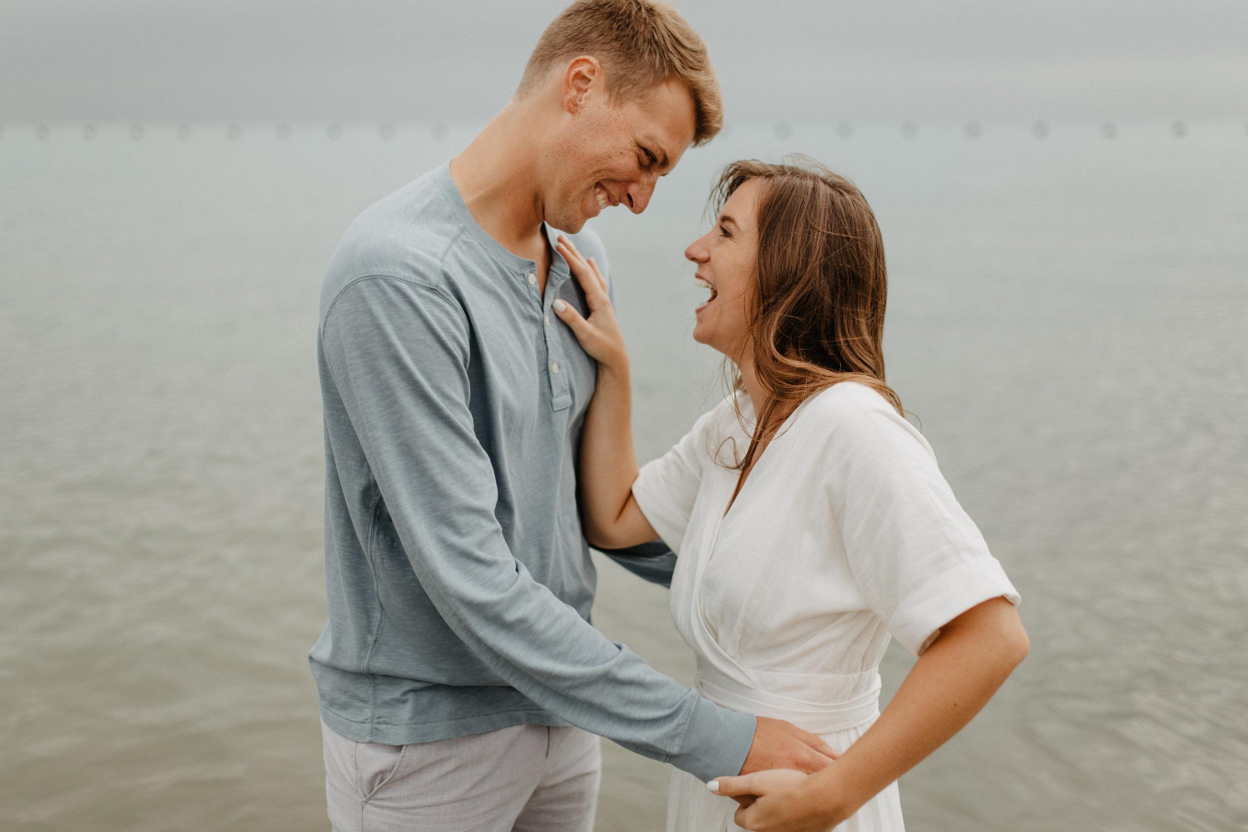 Taryn-Zak-Lake-Michigan-Engagement-33