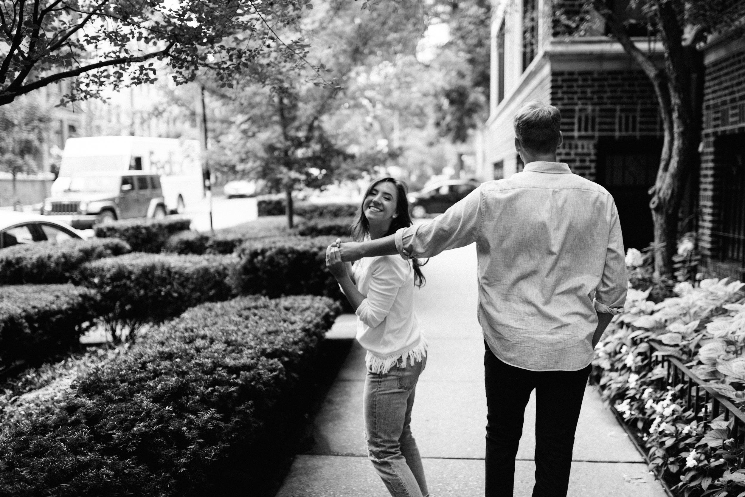Taryn-Zak-Chicago-Engagement-46