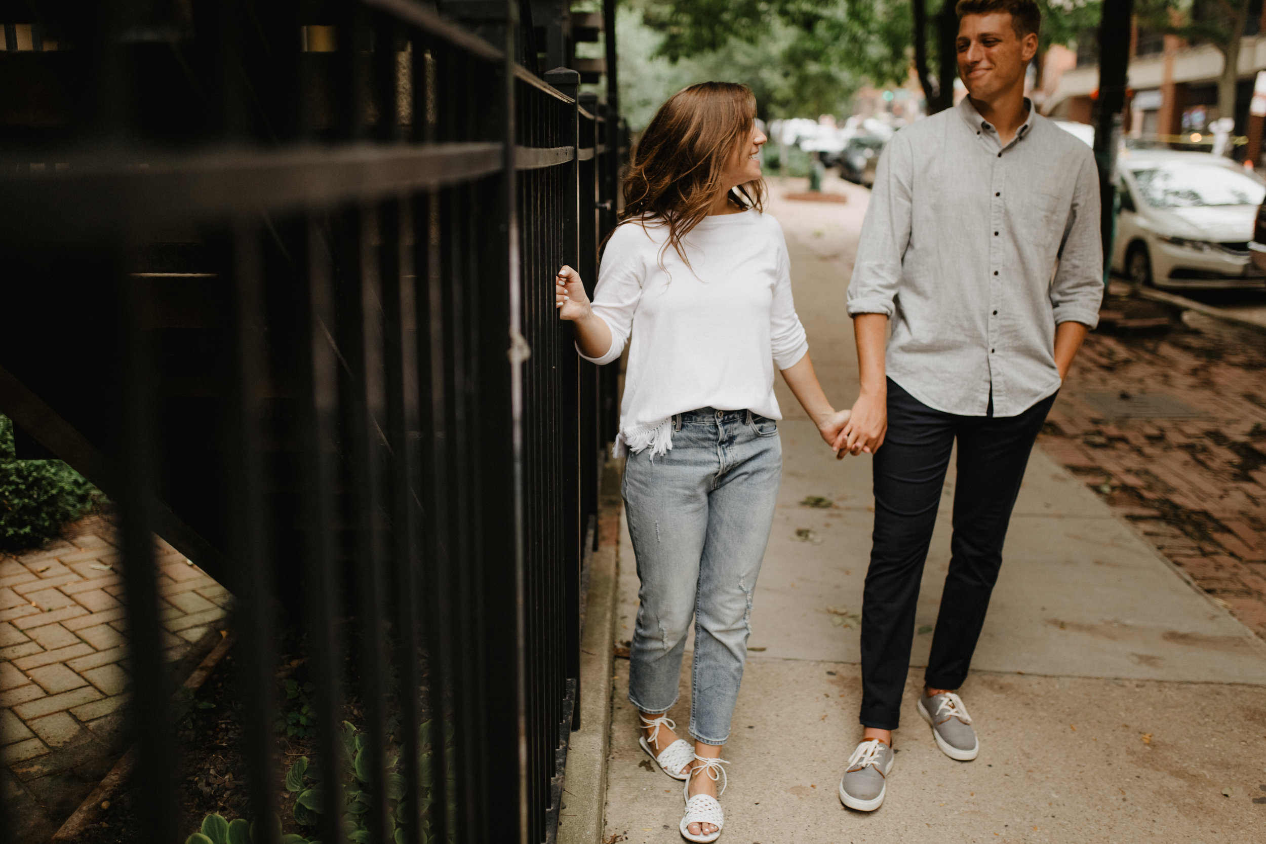 Taryn-Zak-Chicago-Engagement-49