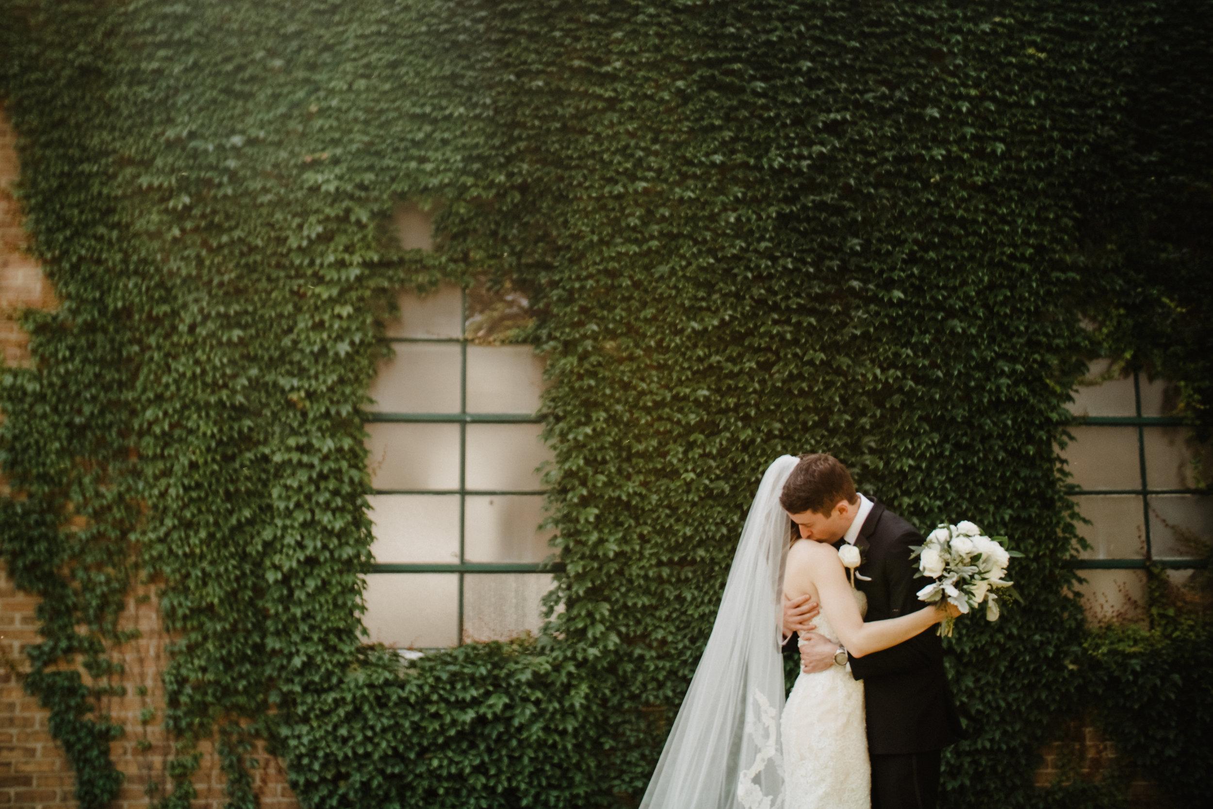 Janet-Alex-Benton-Harbor-Wedding-Party-01