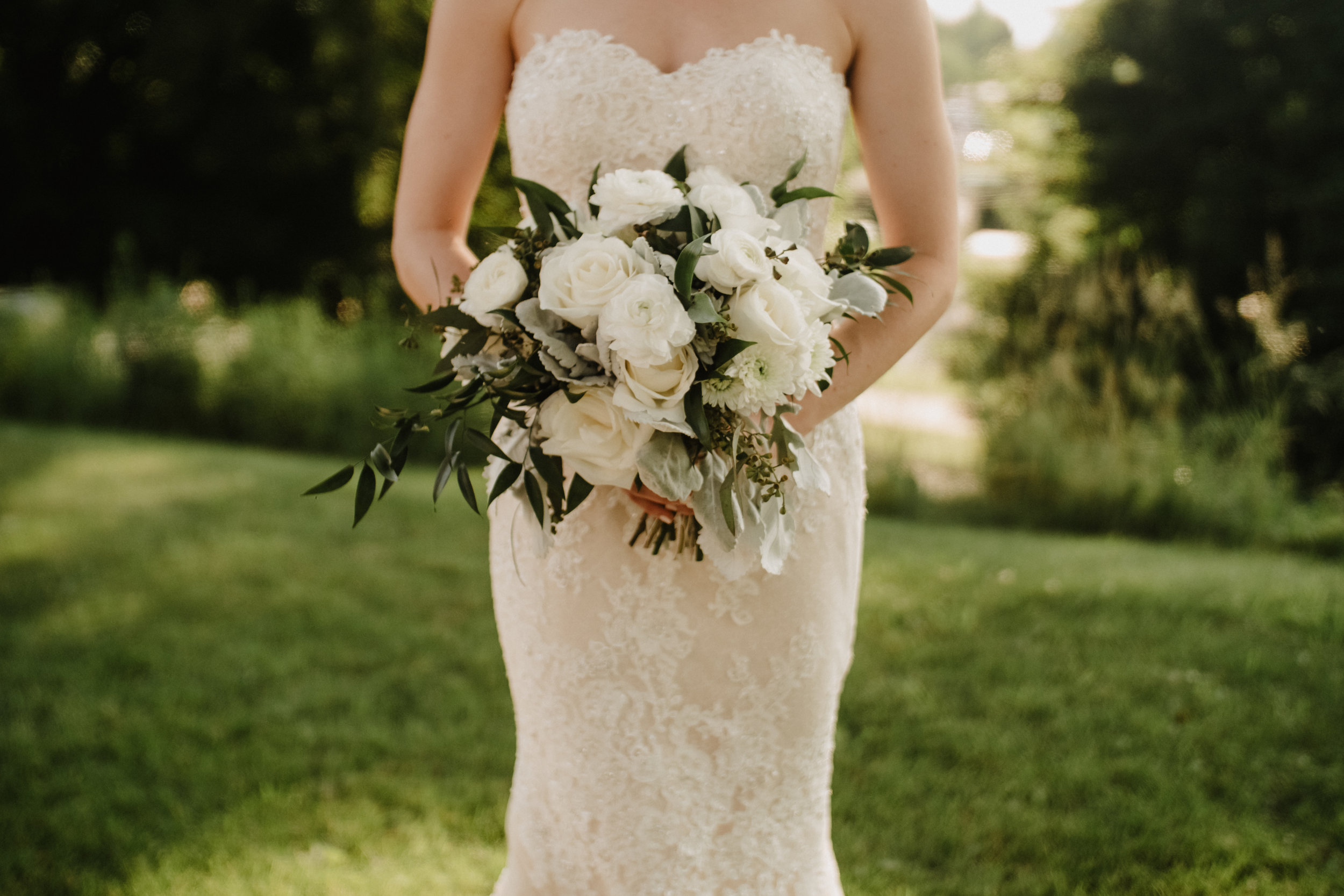 Janet-Alex-Flowers-By-Anna-Wedding-Bouquet-02