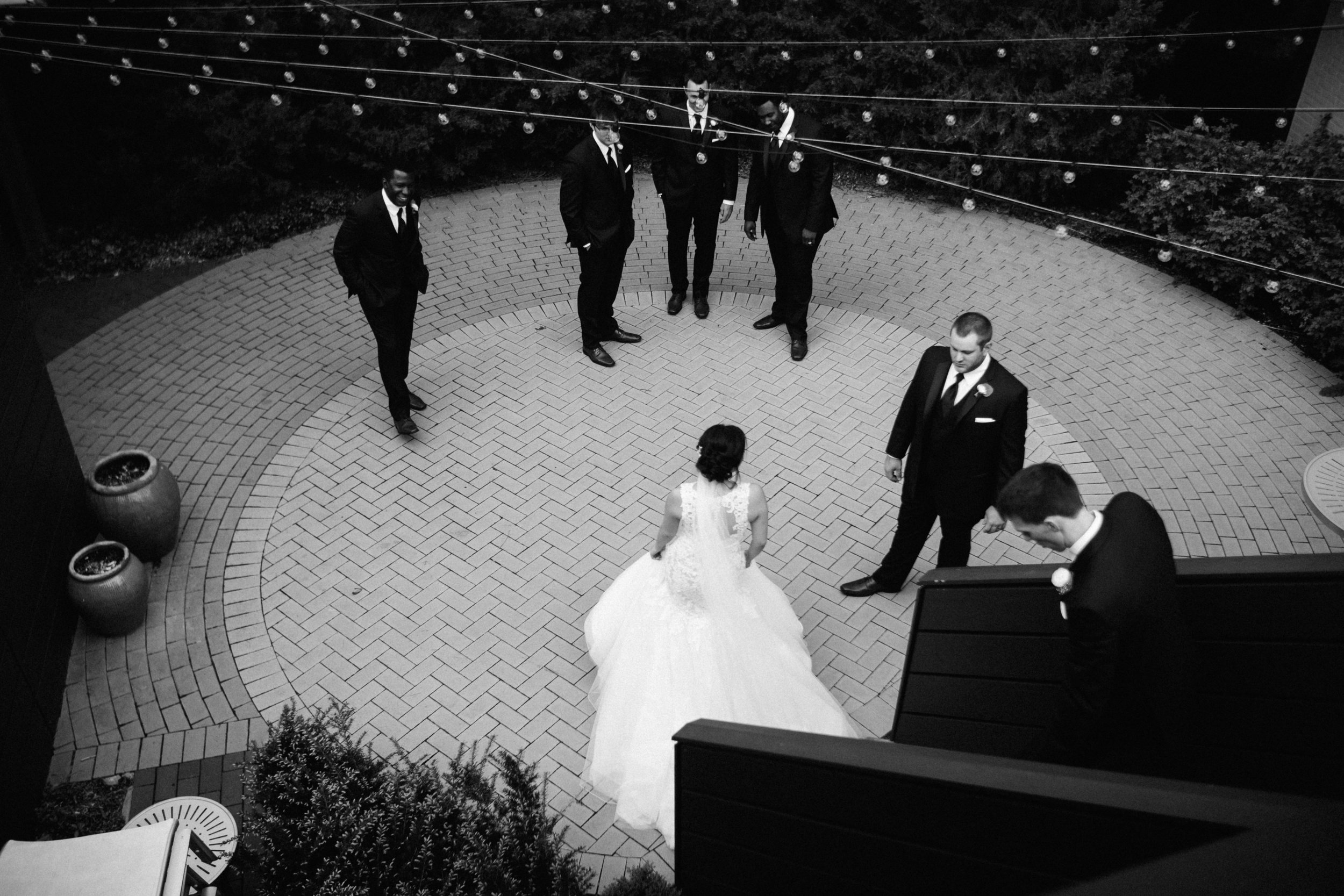 ShadowShinePictures-VeronicaToddKorthals-Ann-Arbor-Wedding-Photography-27.jpg