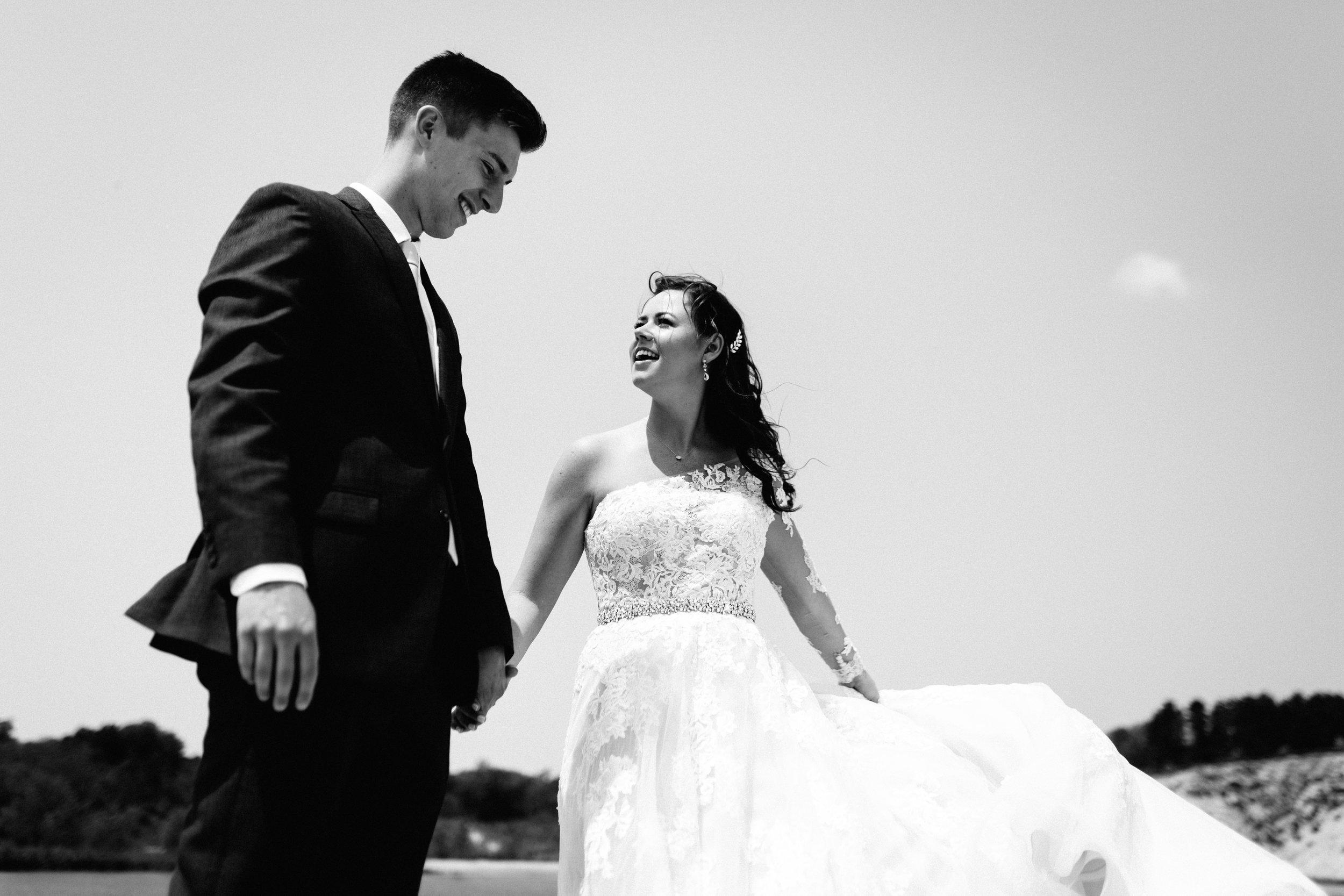 GRAYCENTOMHAMILTON-GRAND-RAPIDS-WEDDING-PHOTOGRAPHY-26.jpg