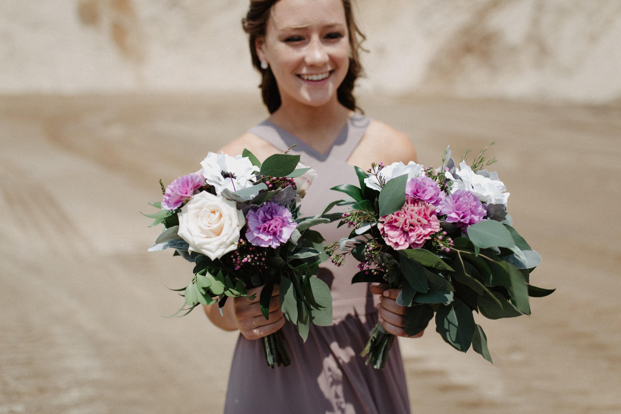 GRAYCENTOMHAMILTON-GRAND-RAPIDS-WEDDING-PHOTOGRAPHY-32.jpg