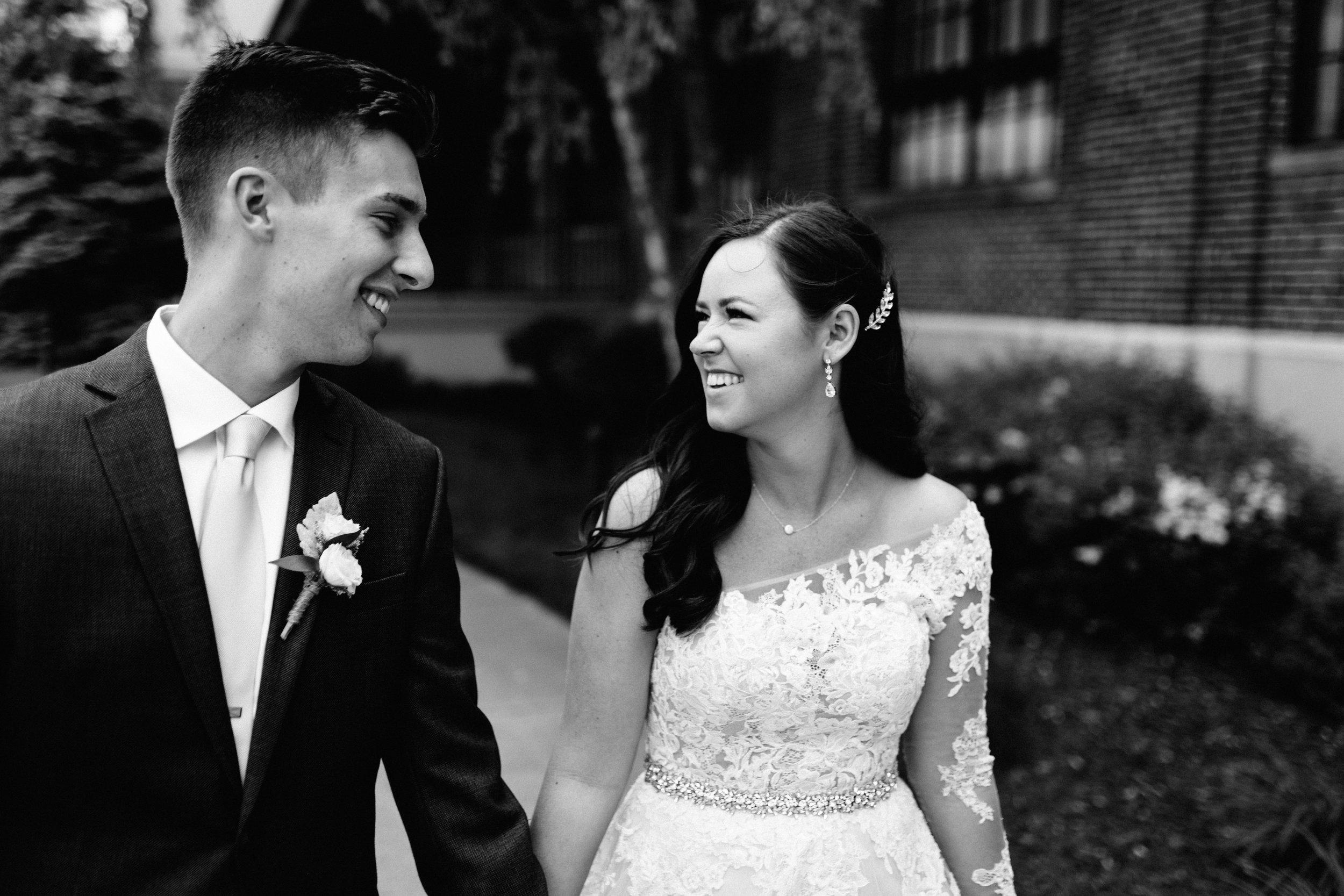 GRAYCENTOMHAMILTON-GRAND-RAPIDS-WEDDING-PHOTOGRAPHY-38.jpg