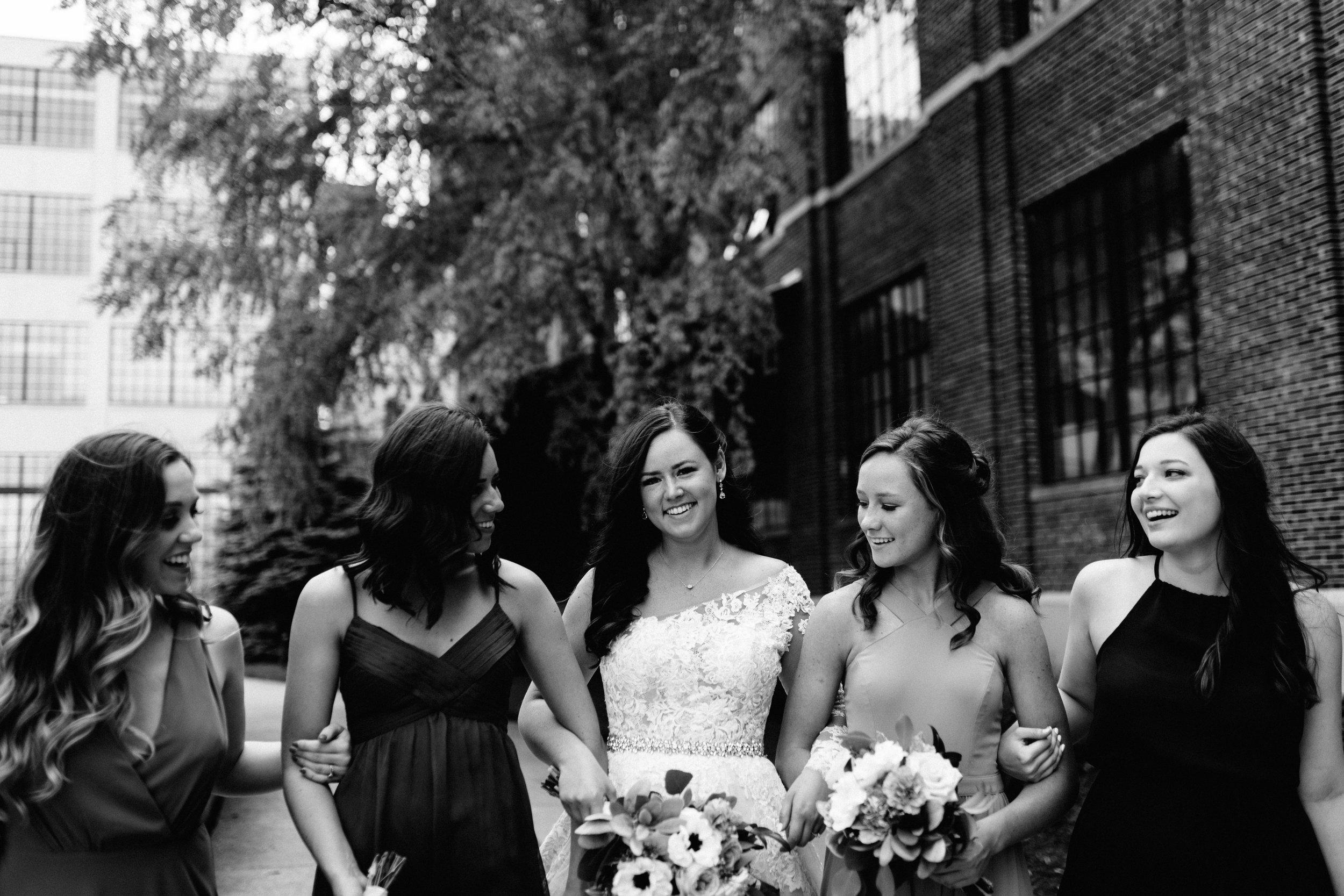 GRAYCENTOMHAMILTON-GRAND-RAPIDS-WEDDING-PHOTOGRAPHY-43.jpg