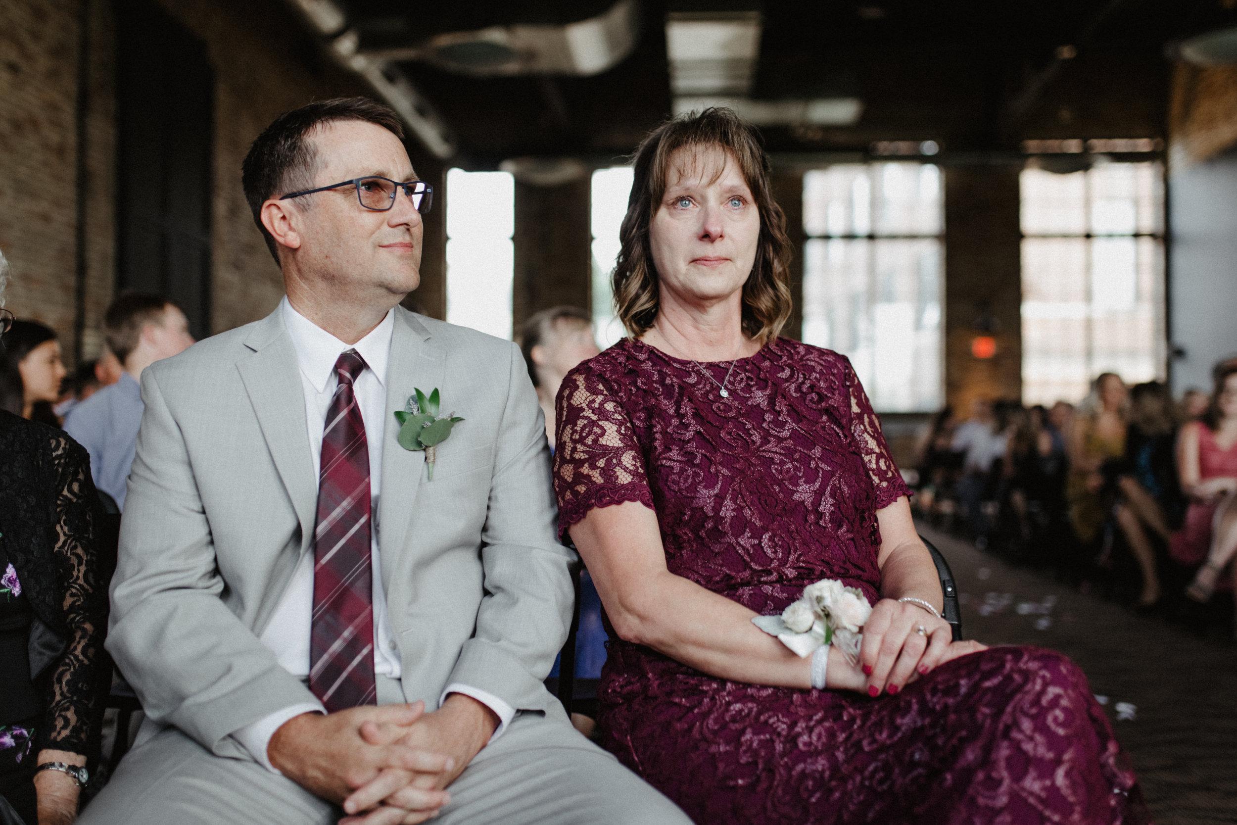 GRAYCENTOMHAMILTON-GRAND-RAPIDS-WEDDING-PHOTOGRAPHY-46.jpg