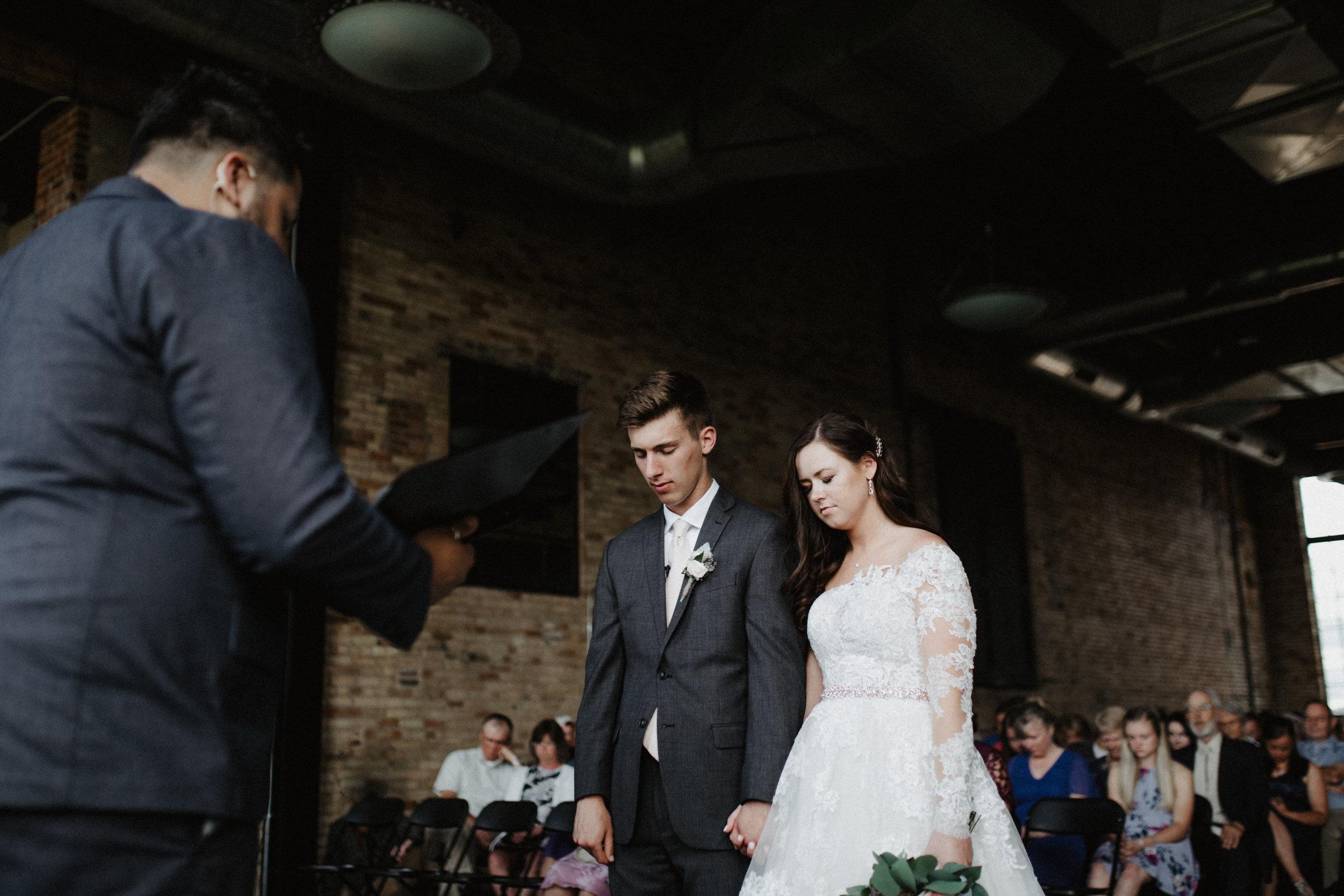 GRAYCENTOMHAMILTON-GRAND-RAPIDS-WEDDING-PHOTOGRAPHY-49.jpg