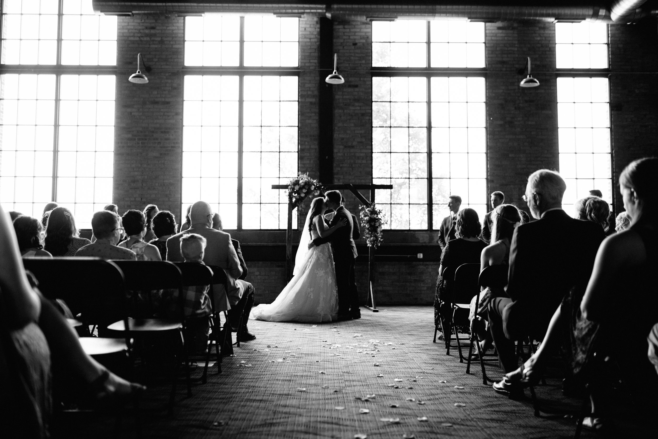 GRAYCENTOMHAMILTON-GRAND-RAPIDS-WEDDING-PHOTOGRAPHY-50.jpg