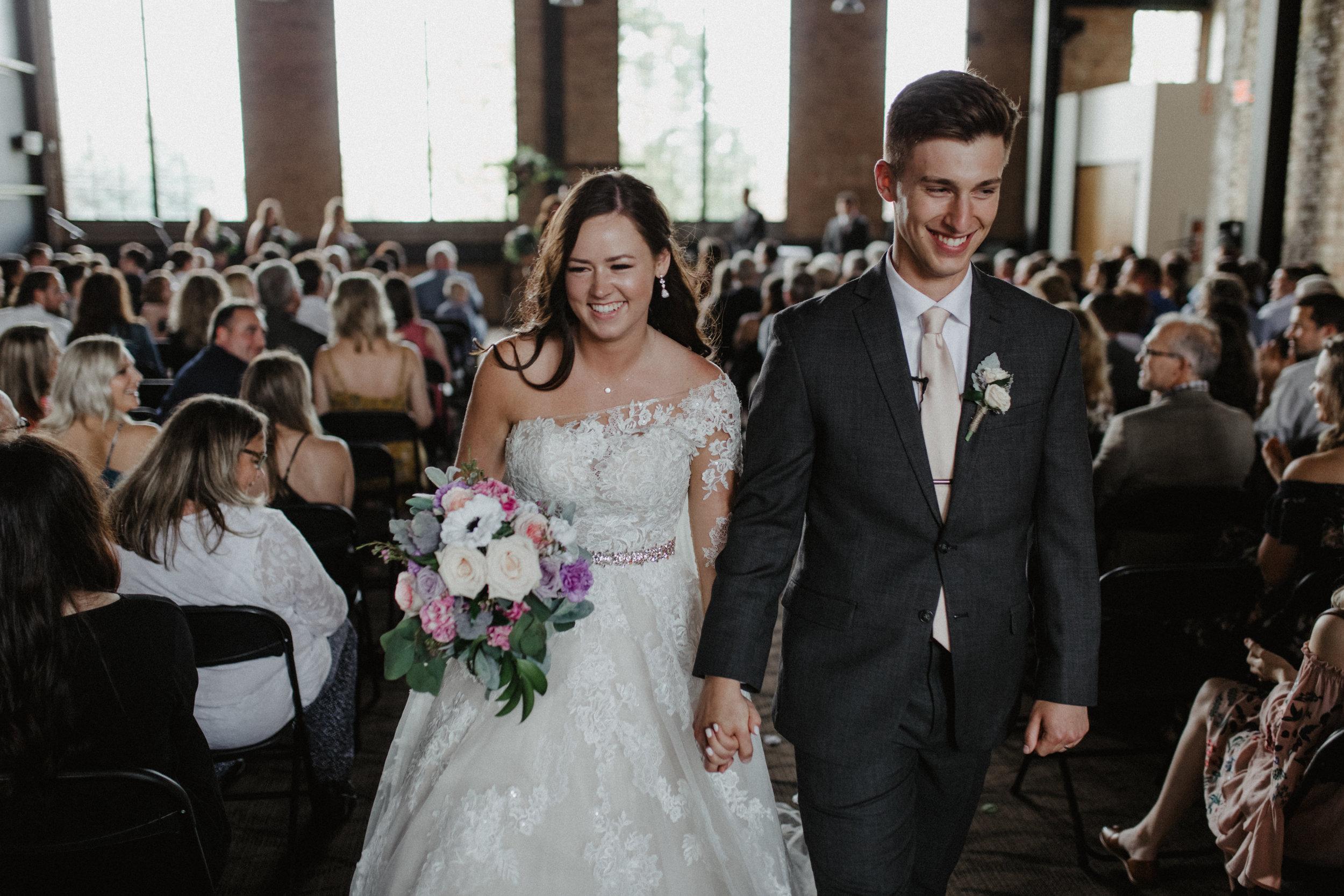 GRAYCENTOMHAMILTON-GRAND-RAPIDS-WEDDING-PHOTOGRAPHY-52.jpg