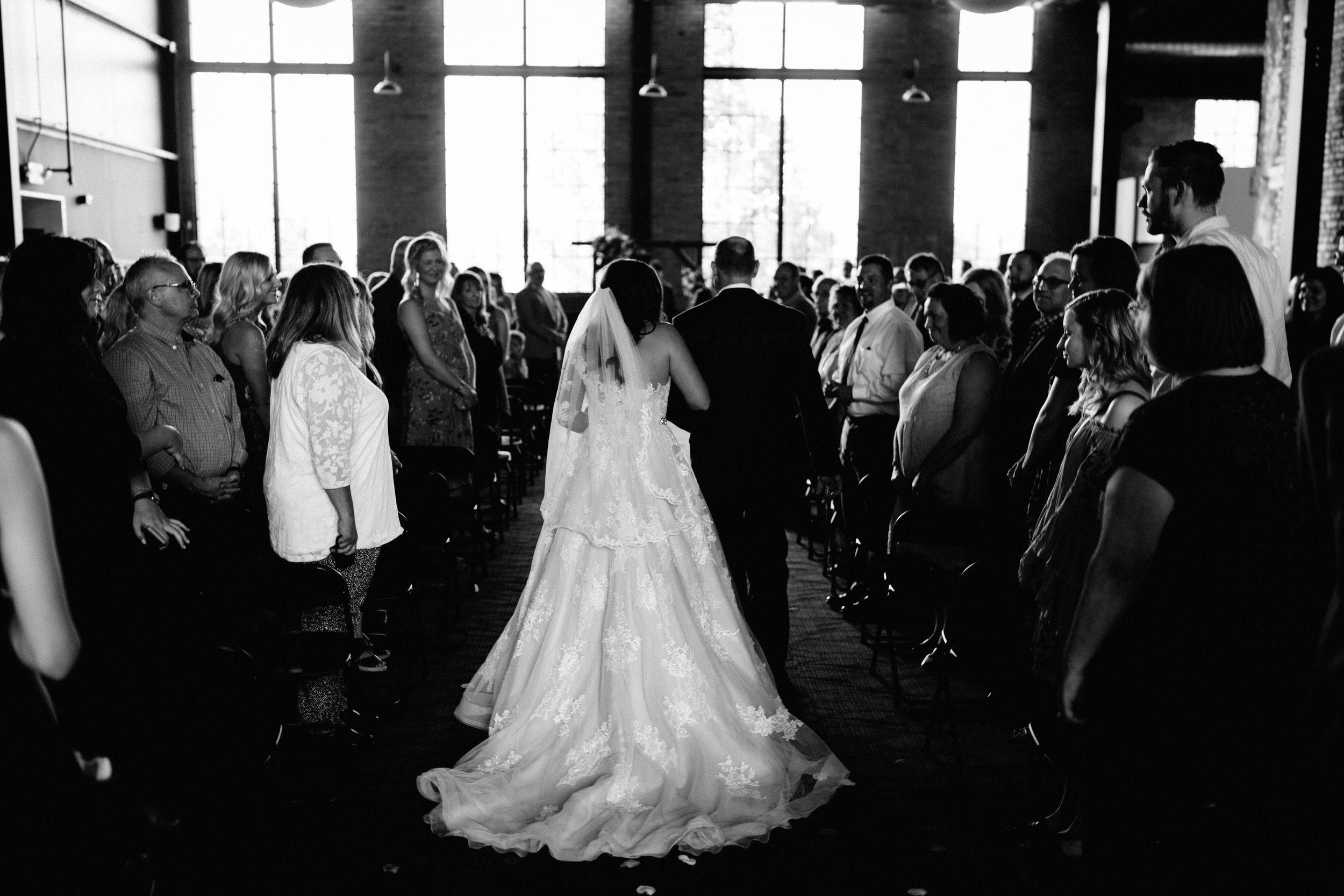 GRAYCENTOMHAMILTON-GRAND-RAPIDS-WEDDING-PHOTOGRAPHY-47.jpg