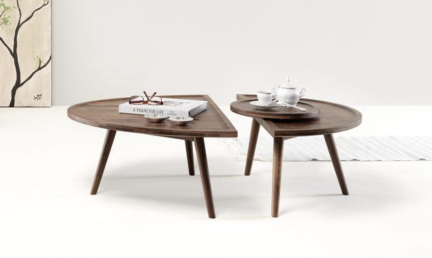 Colombo_table_walnut_01.jpg
